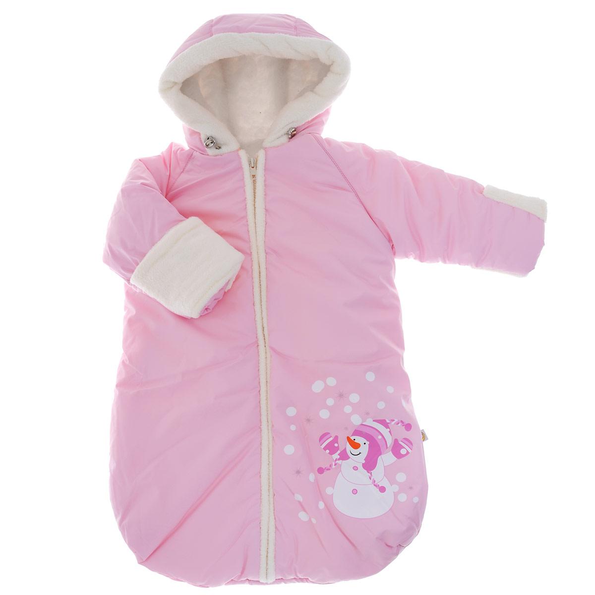 Конверт для новорожденного980/1Теплый конверт для новорожденного Сонный гномик Снеговичок идеально подойдет для ребенка в холодное время года. Конверт изготовлен из водоотталкивающей и ветрозащитной ткани Dewspo (100% полиэстер) на подкладке из шерсти с добавлением полиэстера. В качестве утеплителя используется шелтер (100% полиэстер). Шелтер (Shelter) - утеплитель нового поколения с тонкими волокнами. Его более мягкие ячейки лучше удерживают воздух, эффективнее сохраняя тепло. Более частые связи между волокнами делают утеплитель прочным и позволяют сохранить его свойства даже после многократных стирок. Утеплитель шелтер максимально защищает от холода и не стесняет движений. Конверт с капюшоном и рукавами-реглан спереди застегивается на длинную застежку- молнию. Капюшон не отстегивается и дополнен скрытой кулиской на стопперах. Рукава дополнены широкими эластичными манжетами и отворотами. Низ рукавов, планка, окантовка капюшона и подкладка рукавов дополнены мягким ворсистым...