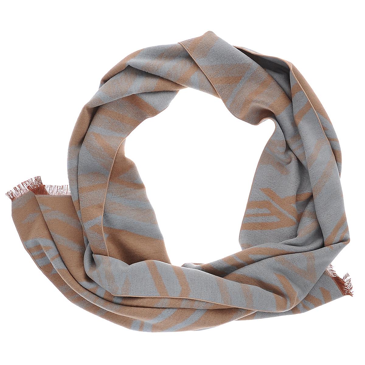 90019-08TМужской шарф Moltini согреет в холодное время года, а также станет изысканным аксессуаром, который призван подчеркнуть ваш стиль и индивидуальность. Ворсистый теплый шарф выполнен на основе из 100% шелка и оформлен оригинальным принтом. Края модели декорированы тонкой бахромой.