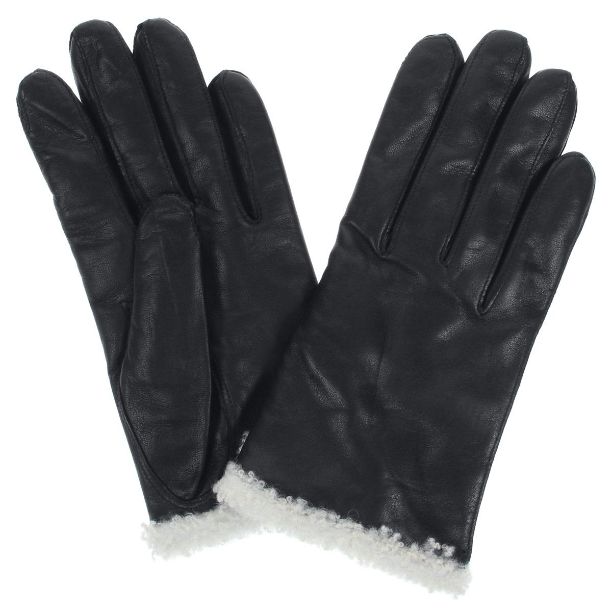 Перчатки женские. DF12-2300.agneDF12-2300.agneСтильные женские перчатки Bartoc не только защитят ваши руки от холода, но и станут великолепным украшением. Они выполнены из мягкой и приятной на ощупь натуральной кожи ягненка, подкладка - из шерсти. Декорированы перчатки по краю оторочкой из шерсти ягненка. На тыльной стороне изделия имеется небольшой разрез. Укороченная, но теплая модель, особо удобна автомобилистам зимой. Перчатки являются неотъемлемой принадлежностью одежды, вместе с этим аксессуаром вы обретаете женственность и элегантность. Они станут завершающим и подчеркивающим элементом вашего неповторимого стиля и индивидуальности.