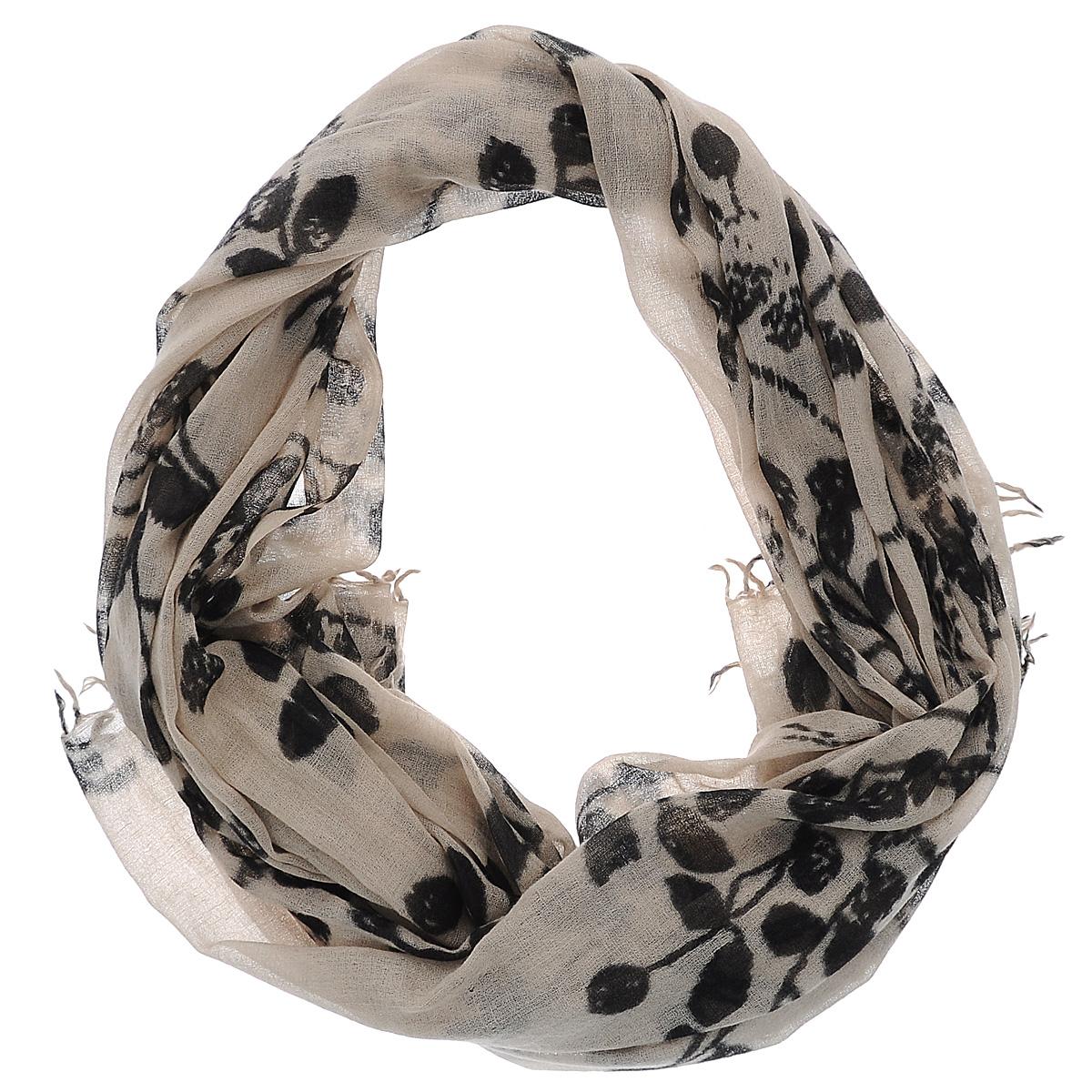 Палантин. W-SMALL.LEAFW-SMALL.LEAF/BEIGEЭлегантный палантин Michel Katana, выполненный из 100% шерсти, станет изысканным, нарядным аксессуаром, который призван подчеркнуть индивидуальность и очарование женщины. Палантин оформлен принтом, по краю декорирован кисточками. Вы можете носить этот аксессуар как объемный шарф, чтобы оживить повседневный офисный образ, или комбинировать его с вечерним платьем.
