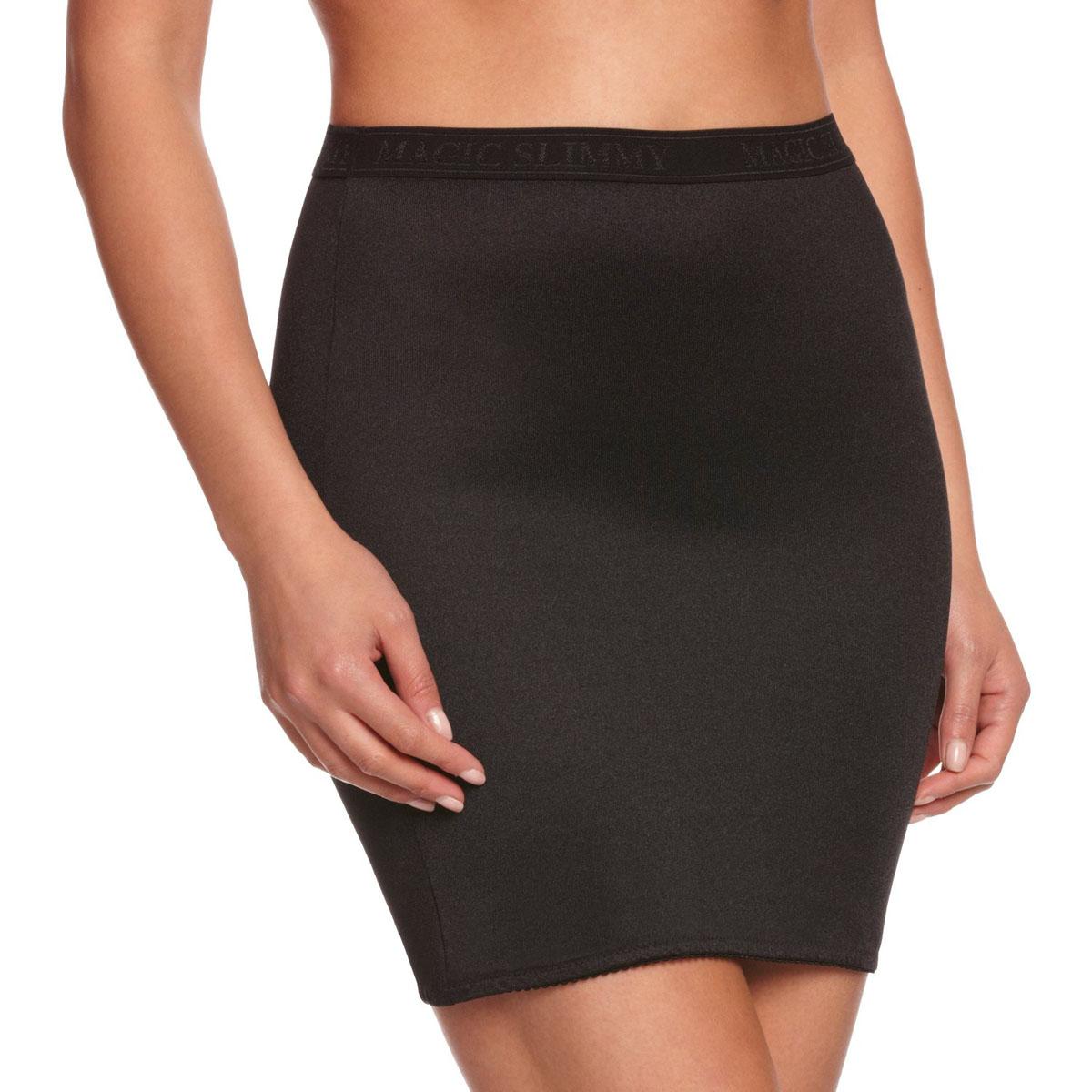 Корректирующее белье10WLКорректирующая юбка Magic BodyFashion Slimmy Skirt очень удобная и комфортная в носке, идеально подходит для коррекции нижней части тела. Юбка уменьшает в объеме бедра и сглаживает ягодицы. Эта модель имеет вставку-трусики, что делает ее очень практичной в носке. Крой юбки необычен, благодаря чему ее невозможно заметить под любой одеждой, она практически не ощущается на коже, позволяет чувствовать себя комфортно и легко. Изделие позволяет приобрести выразительные линии своего тела за считанные секунды (можно скрыть все лишнее). Белье Magic BodyFashion создано для тех, кто стремится к безупречности своего стиля. Именно благодаря ему огромное количество женщин чувствуют себя поистине соблазнительными, привлекательными и не на шутку уверенными в себе.