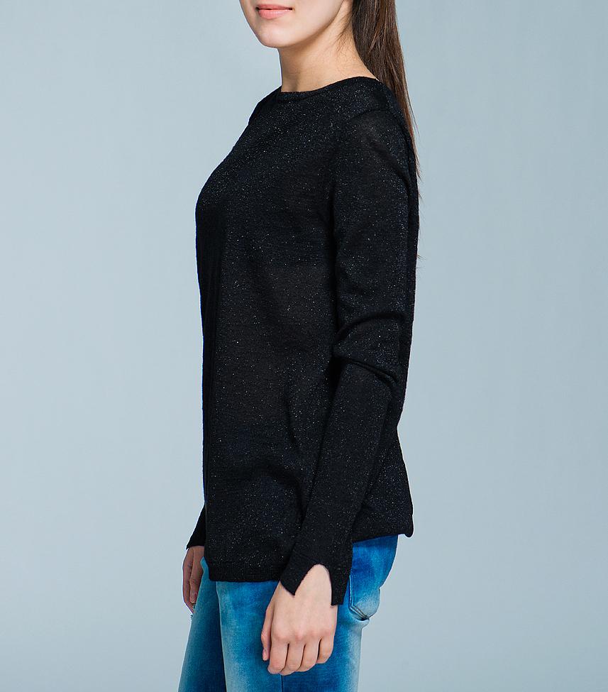 Пуловер женский. 1015088010150880Стильный полупрозрачный женский пуловер, изготовленный из вискозы с люрексом, мягкий и приятный на ощупь, не сковывает движения, обеспечивая наибольший комфорт. Комфортный пуловер с круглым вырезом горловины имеет длинные рукава. Открытая спинка - изюминка этой модели. Этот пуловер - практичная вещь, которая, несомненно, впишется в ваш гардероб, в нем вы будете чувствовать себя уютно и комфортно.