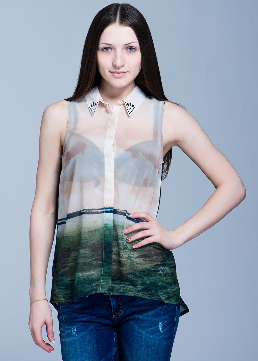 Блуза женская. 1009736610097366Стильная женская блуза Vero Moda, выполненная из высококачественного материала, будет отлично на вас смотреться. Удлиненная модель без рукавов свободного кроя, с полукруглым низом застегивается на пуговицы. Воротничок украшен стразами. Классический покрой, лаконичный дизайн, безукоризненное качество. Идеальный вариант для тех, кто ценит комфорт и качество.