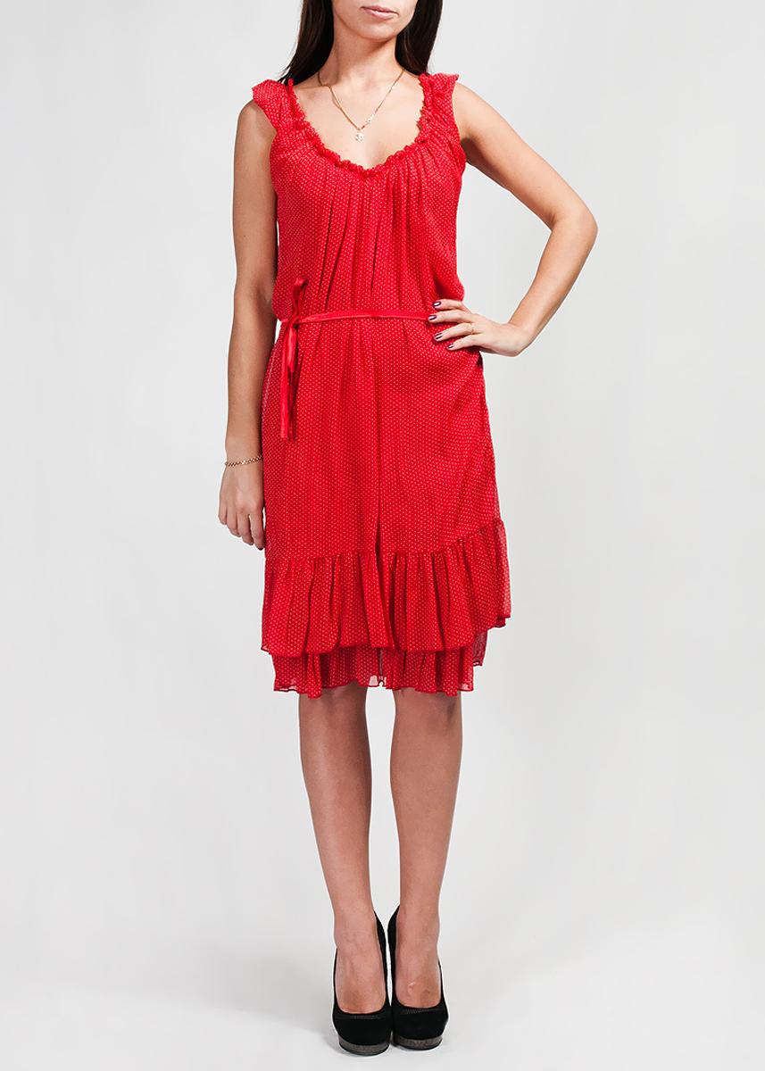 Платье Abito Olivia PoisGS-20015Легкое платье-сарафан Abito Olivia Pois изготовлено из приятного на ощупь струящегося материала. Платье двухслойное, горловина оформлена легкой резинкой, благодаря чему образуются небольшие ниспадающие складки. Низ каждого слоя оформлен широким рюшем. Покрой модели достаточно свободный, но линия талии четко выделяется за счет тонкой ленты-пояска.