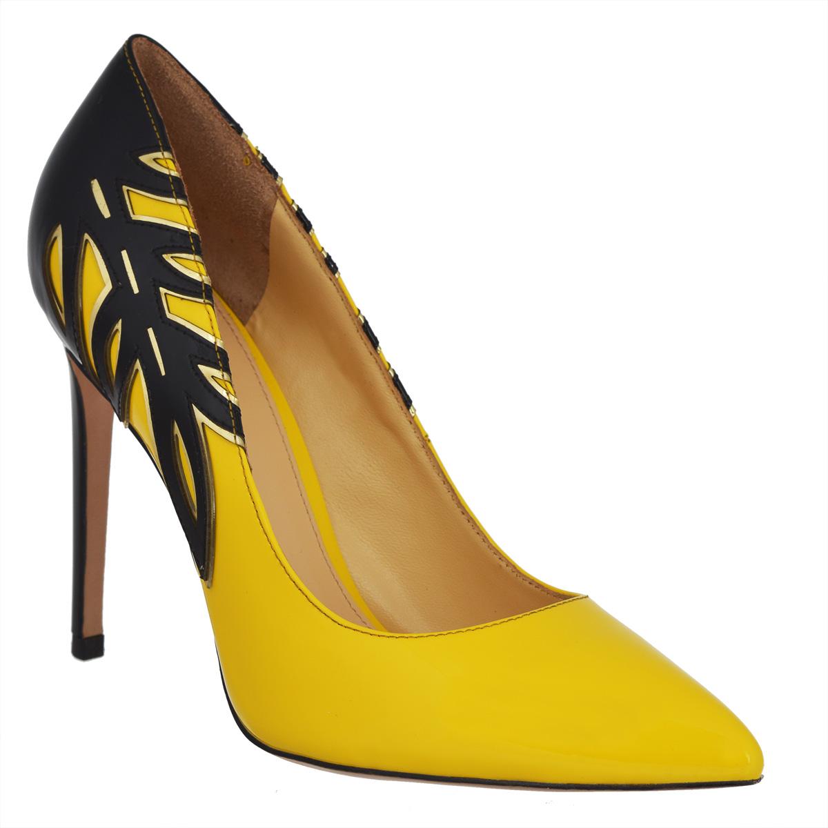 Туфли женские. 598559858Элегантные женские туфли Vitacci покорят вас с первого взгляда. Модель изготовлена из натуральной лакированной кожи. Боковые стороны туфель оформлены изумительной растительной аппликацией с золотистой окантовкой. Зауженный носок добавит женственности в ваш образ. Стелька из натуральной кожи позволяет ногам дышать. Ультравысокий каблук-шпилька компенсирован скрытой платформой. Подошва с рифлением обеспечивает отличное сцепление с любой поверхностью. Изысканные туфли добавят шика в модный образ и подчеркнут ваш безупречный вкус.