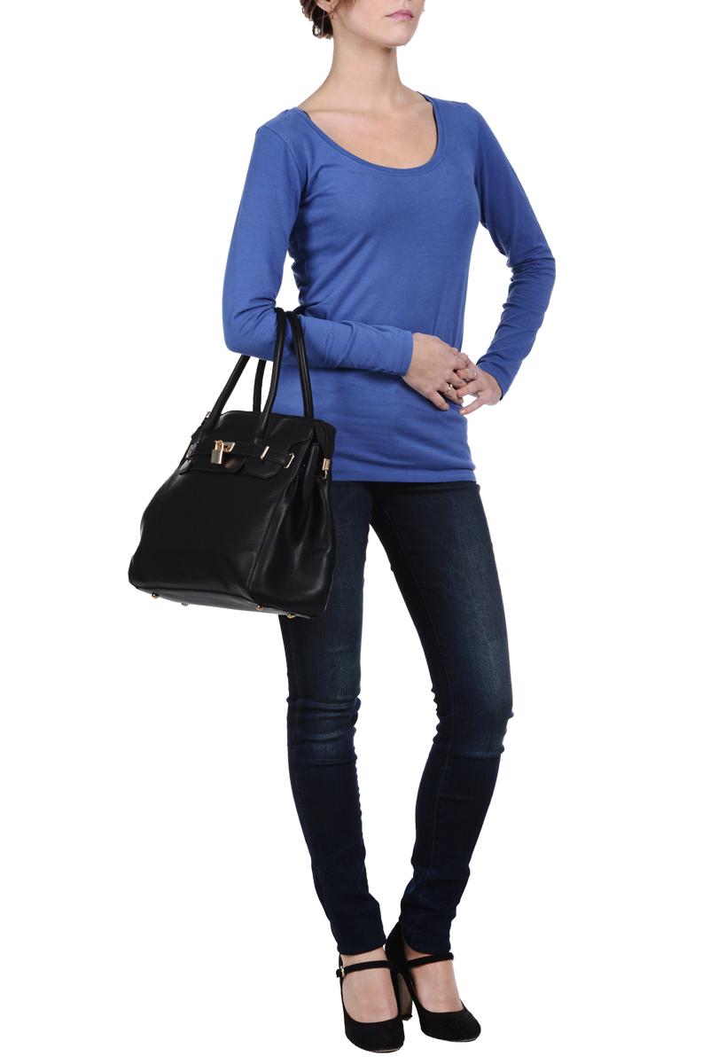 ФутболкаSPL0266CAСтильная женская футболка Top Secret, изготовленная из эластичного хлопка, мягкая и приятная на ощупь, не сковывает движений, обеспечивая наибольший комфорт. Модель трапециевидного кроя с длинными рукавами и круглым вырезом горловины. Эта футболка послужит отличным дополнением к вашему гардеробу и станет главной составляющей вашего стиля.