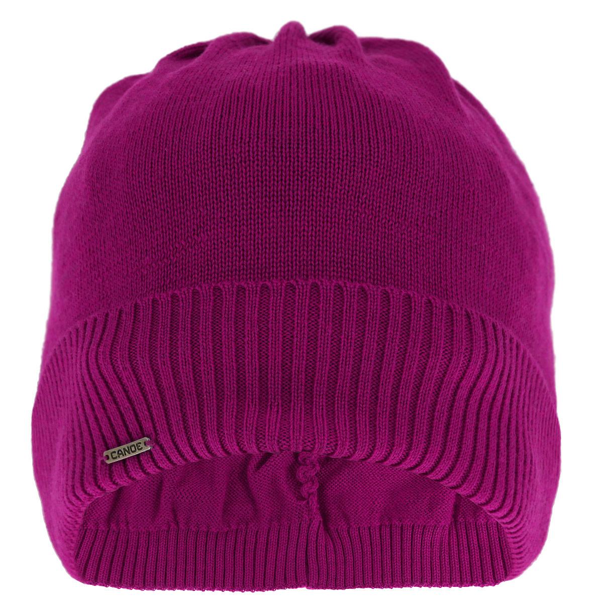 Шапка женская Deb. 3446203446201Женская вязаная шапка Canoe Deb - полушерстяная удлиненная шапочка с отворотом, которая отлично дополнит ваш образ в холодную погоду. Сочетание различных материалов максимально сохраняет тепло и обеспечивает удобную посадку. Сзади модель присборена на эластичную резинку, что придает изделию оригинальность. Шапочка оформлена небольшим декоративным элементом в виде металлической пластины с названием бренда. Такая шапка составит идеальный комплект с модной верхней одеждой, в ней вам будет уютно и тепло! Изделие проходит предварительную стирку и последующую обработку специальными составами и паром для улучшения износоустойчивости, комфорта и приятных тактильных ощущений. Структура шерсти после обработок по новейшим технологиям приобретает легкость, мягкость, морозоустойчивость, становится пушистой, не продуваемой. Изделие долго сохраняет заданную форму.