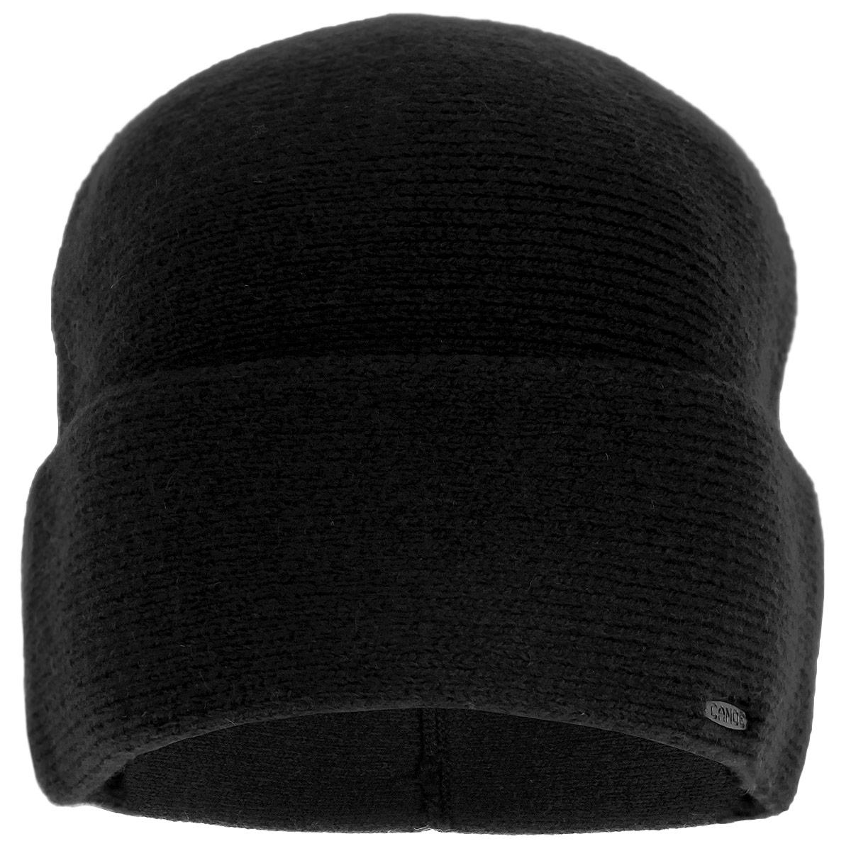 Шапка мужская Element. 3445063445060Мужская шапка Canoe Element - классическая полушерстяная облегающая шапка с отворотом, которая отлично дополнит ваш образ в холодную погоду. Сочетание различных материалов максимально сохраняет тепло и обеспечивает удобную посадку. Гладкая вязка придает изделию дополнительную элегантность и потрясающие тактильные ощущения. Оформлена шапка небольшим декоративным элементом в виде металлической пластины с названием бренда. Такая шапка составит идеальный комплект с модной верхней одеждой, в ней вам будет уютно и тепло!
