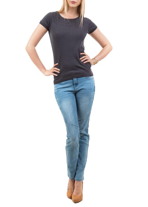 Джемпер женский. JRs-114/351-5112JRs-114/351-5112Стильный женский джемпер Sela, выполненный из высококачественного материала, обладает высокой теплопроводностью, воздухопроницаемостью, очень приятен к телу. Модель с короткими рукавами и круглым вырезом горловины - идеальный вариант для создания образа в стиле Casual. По плечам и под вырезом джемпер оформлен ажурным узором. Рукава, горловина и низ изделия отделаны трикотажной резинкой. Такая модель будет дарить вам комфорт в течение всего дня и послужит замечательным дополнением к вашему гардеробу.
