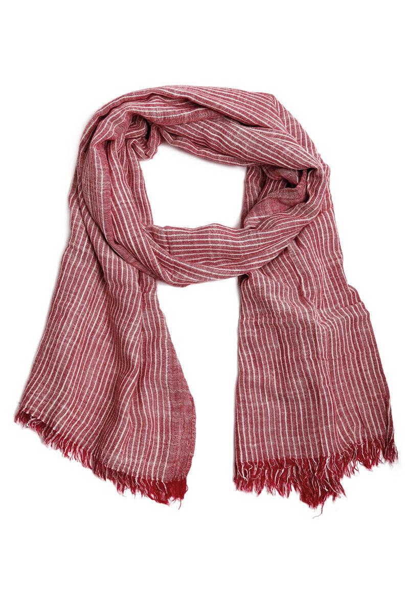 Шарф31004-14BЭлегантный мужской шарф Moltini согреет в холодное время года, а также станет изысканным аксессуаром, который призван подчеркнуть ваш стиль и индивидуальность. Оригинальный и стильный шарф выполнен из вискозы с добавлением хлопка и украшен классическим принтом в полоску. Края модели декорированы тонкой бахромой. Такой шарф станет превосходным дополнением к любому наряду и позволит вам создать свой неповторимый стиль.