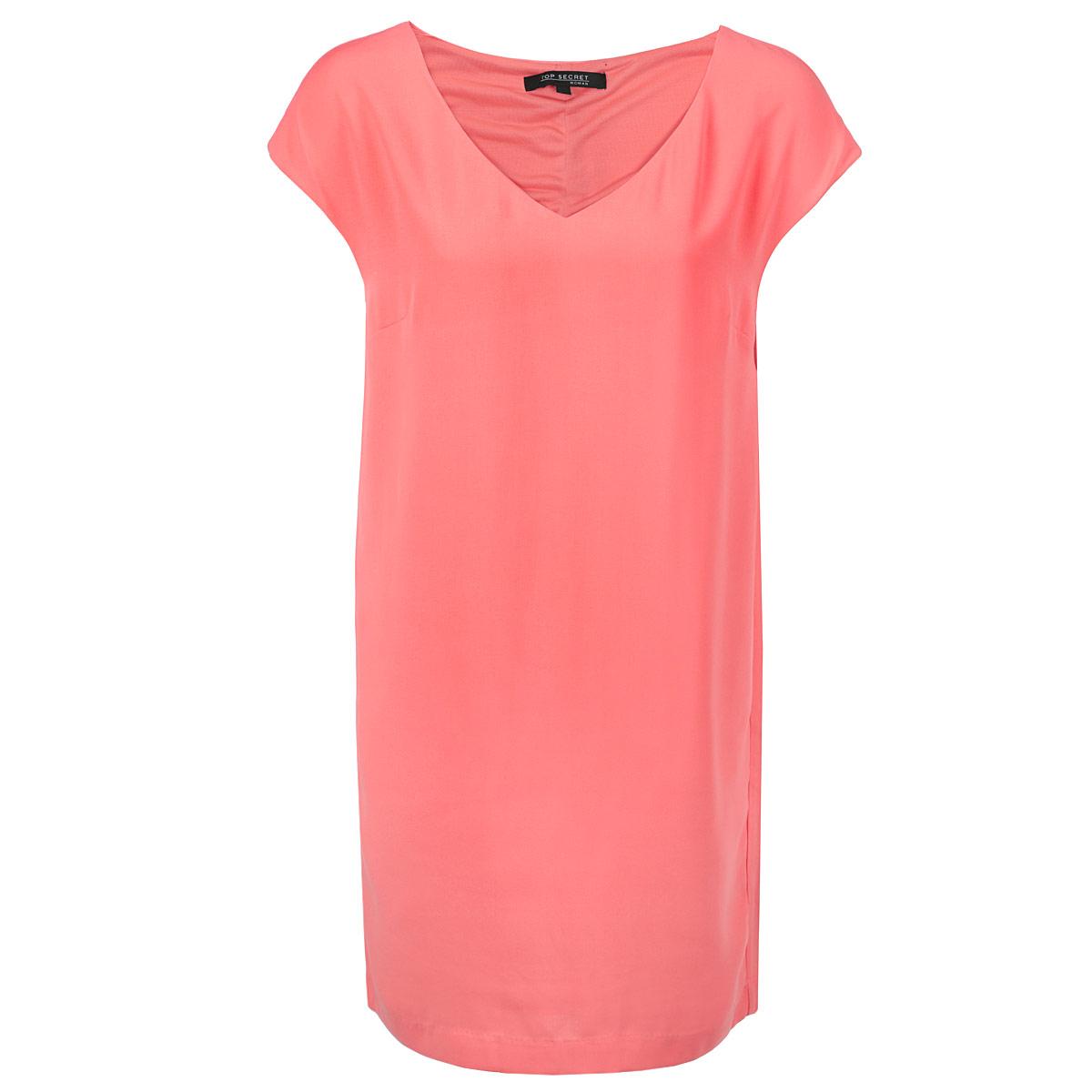 Платье. SSU1264ROSSU1264ROСтильное платье Top Secret изготовлено из высококачественного полиэстера с подкладкой. Модель свободного кроя с короткими рукавами-кимоно и V-образны вырезом горловины. Лаконичный дизайн и комфортный крой придутся по вкусу современной девушке, предпочитающей удобство и практичность. Такая модель послужит отличным дополнением к вашему гардеробу.