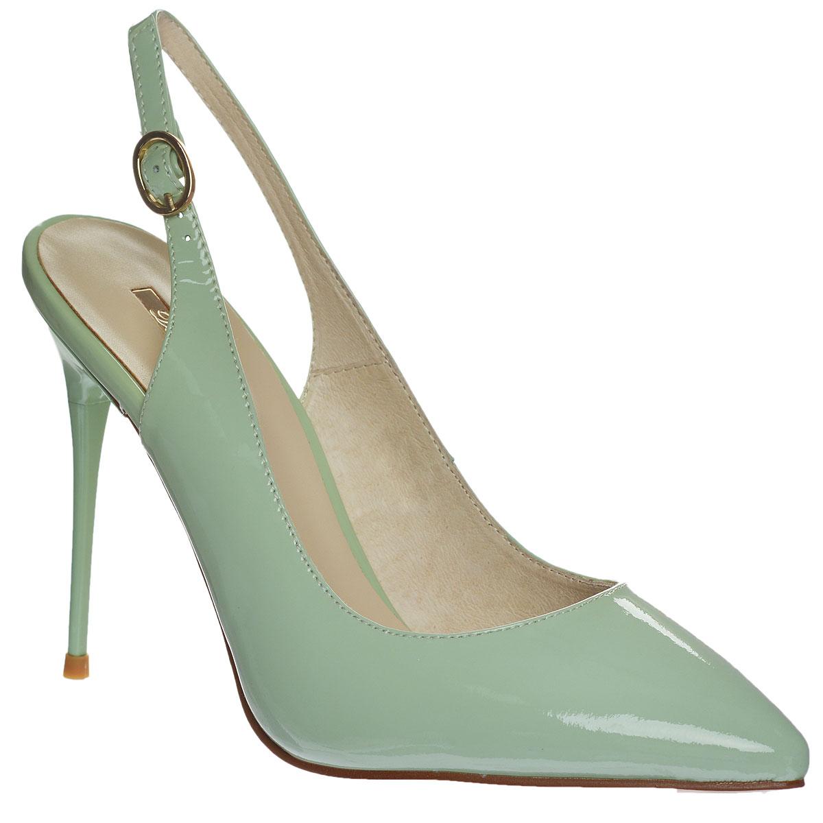 Туфли женские. 227-118-16227-118-16Трендовые женские туфли от Dino Ricci не оставят вас незамеченной! Модель выполнена из натуральной лакированной кожи. Зауженный носок смотрится женственно. Ремешок с металлической пряжкой овальной формы надежно зафиксирует модель на вашей щиколотке. Длина ремешка регулируется за счет болта. Стелька и подкладка из натуральной кожи обеспечивают комфорт при движении. Высокий каблук-шпилька компенсирован скрытой платформой. Подошва с противоскользящим рифлением оформлена металлической пластиной с гравировкой в виде названия бренда. Очаровательные туфли подчеркнут вашу утонченную натуру.