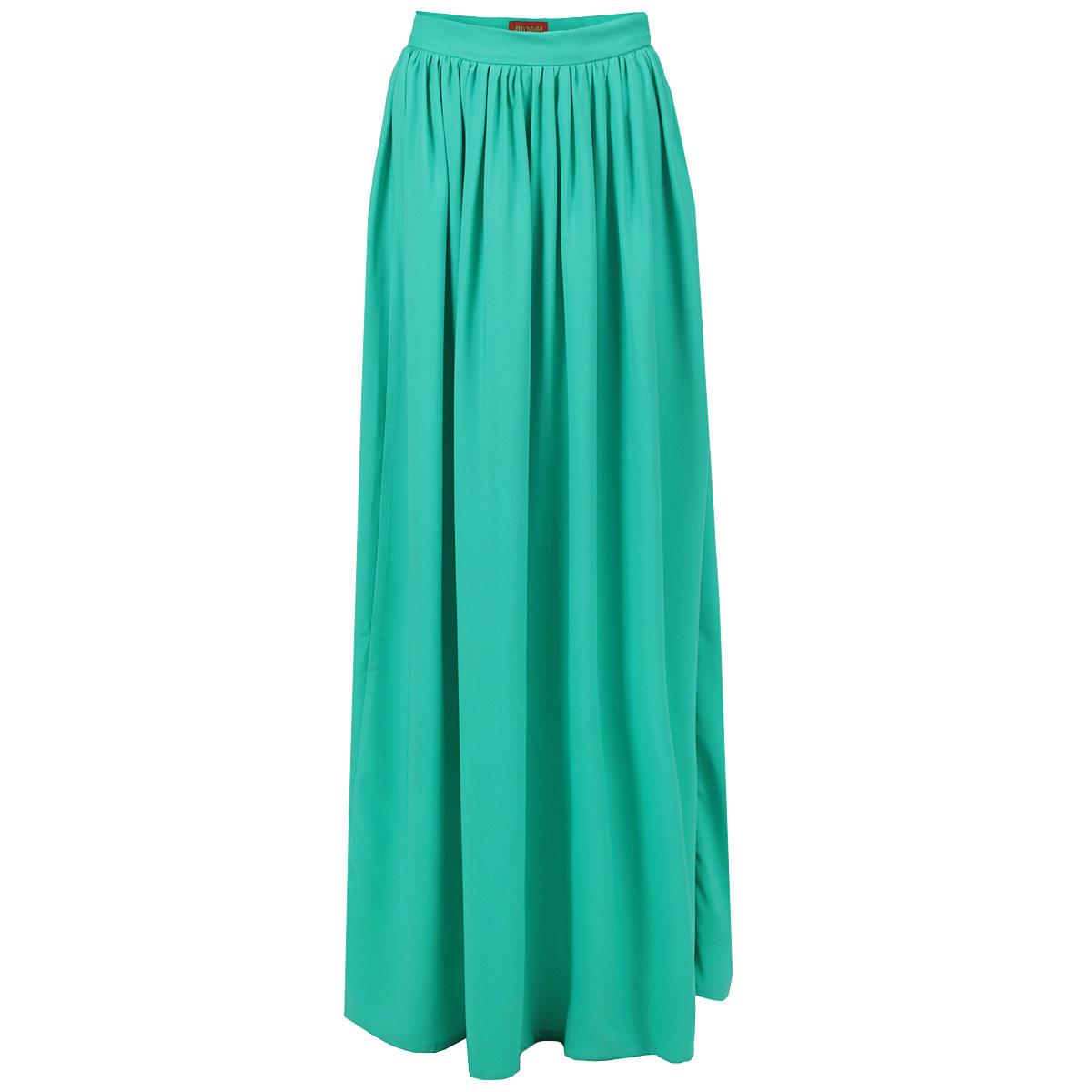 U02S-IМодная струящаяся юбка от Анны Чапман, изготовленная из высококачественного материала, очень мягкая на ощупь, не раздражает даже самую нежную и чувствительную кожу и хорошо вентилируется. Модель макси длины на широком поясе. Юбка застегивается сбоку на потайную молнию. В таком наряде вы, безусловно, привлечете восхищенные взгляды окружающих.