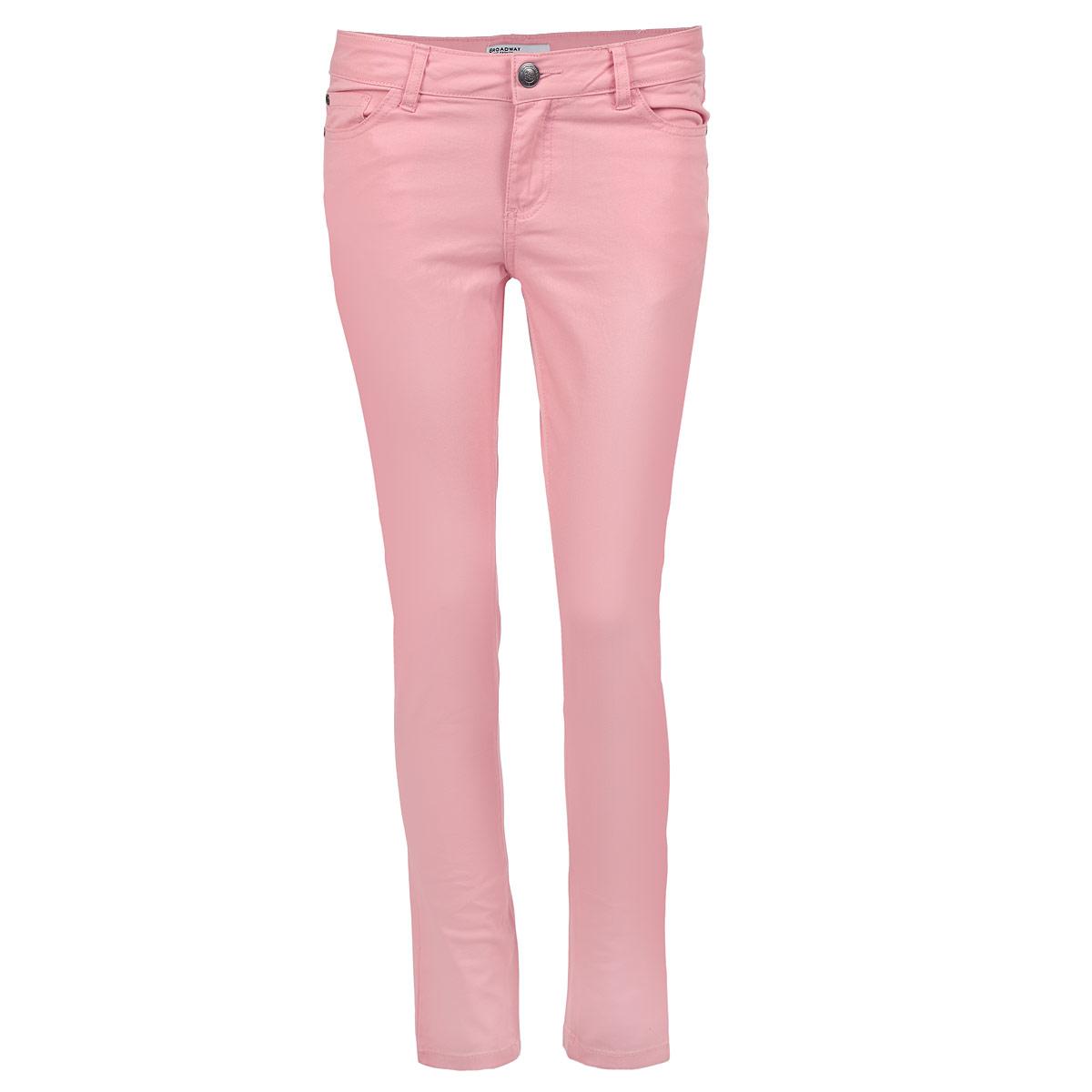 Брюки60100707 316-strawberry iceСтильные женские брюки Broadway - отличный выбор на каждый день. Они прекрасно сидят и подчеркнут все достоинства вашей фигуры. Модель прямого кроя слегка зауженного к низу и средней посадки изготовлена из хлопка с небольшим добавлением эластана. Застегиваются брюки на пуговицу в поясе и ширинку на застежке-молнии, предусмотрены шлевки для ремня. Спереди модель оформлена двумя втачными карманами и одним небольшим секретным кармашком, а сзади - двумя накладными карманами. Эти модные и в тоже время комфортные брюки послужат отличным дополнением к вашему гардеробу. В них вы всегда будете чувствовать себя уютно и комфортно.