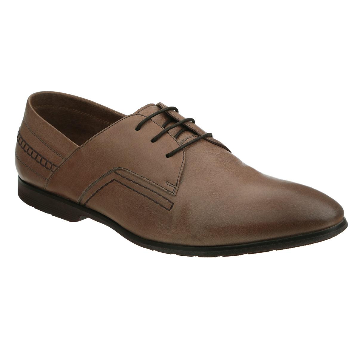 106-87-51Элегантные мужские туфли от Dino Ricci займут достойное место среди вашей коллекции обуви. Модель выполнена из натуральной высококачественной кожи и оформлена декоративной прострочкой. Шнуровка позволяет прочно зафиксировать модель на ноге. Стелька из натуральной кожи оснащена перфорацией, позволяющей вашим ногам дышать. Каблук и подошва с рифлением обеспечивают отличное сцепление с поверхностью. Стильные туфли прекрасно дополнят ваш деловой образ.