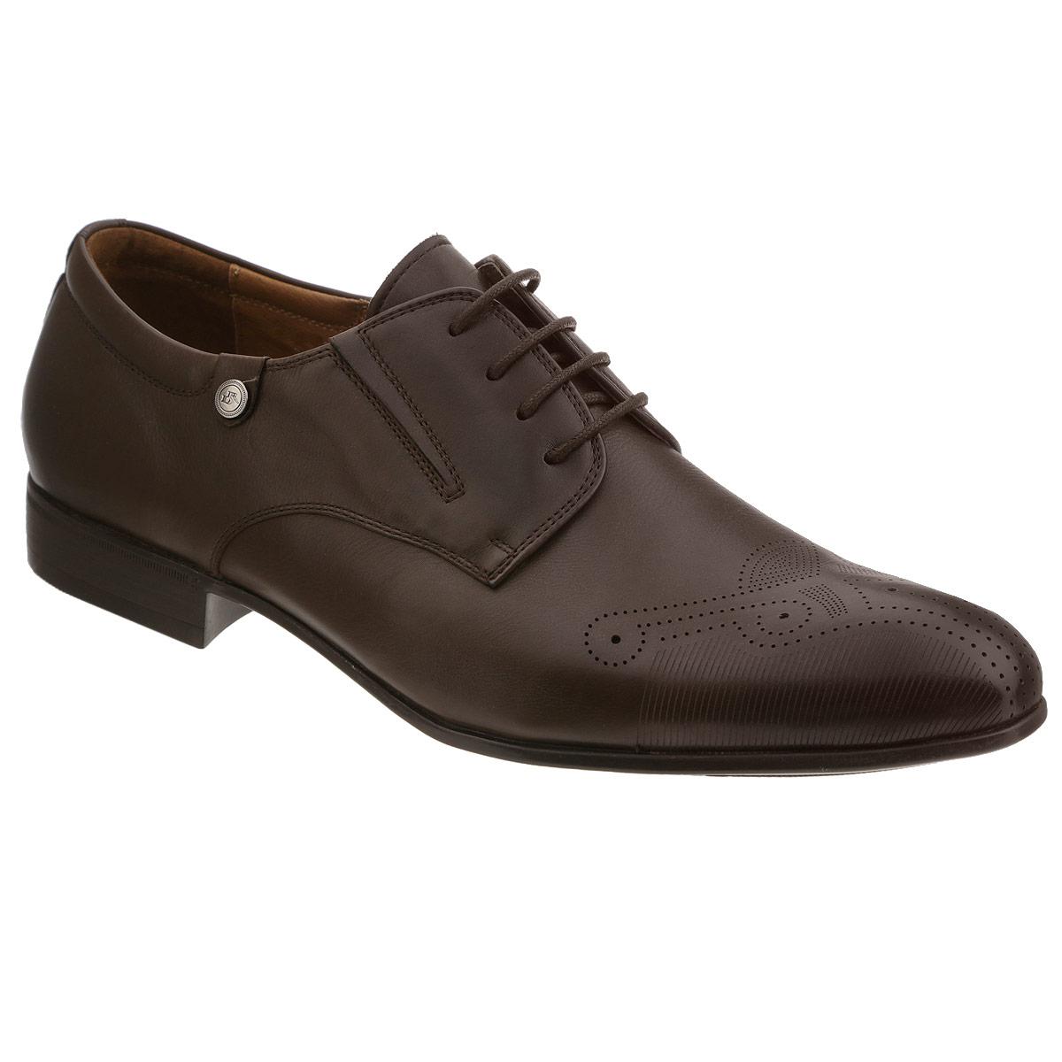 Туфли мужские. 103-112-1103-112-14Элегантные мужские туфли от Dino Ricci займут достойное место среди вашей коллекции обуви. Модель выполнена из натуральной высококачественной кожи. Мыс декорирован перфорацией и тисненым узором. Сбоку изделие оформлено небольшой металлической пластиной с гравировкой в виде логотипа бренда. Резинки, расположенные на подъеме, гарантируют оптимальную посадку модели на ноге. Шнуровка позволяет прочно зафиксировать обувь на ноге. Кожаная стелька с супинатором оснащена перфорацией, позволяющей вашим ногам дышать. Каблук и подошва с рифлением обеспечивают отличное сцепление с любой поверхностью. Стильные туфли прекрасно дополнят ваш деловой образ.