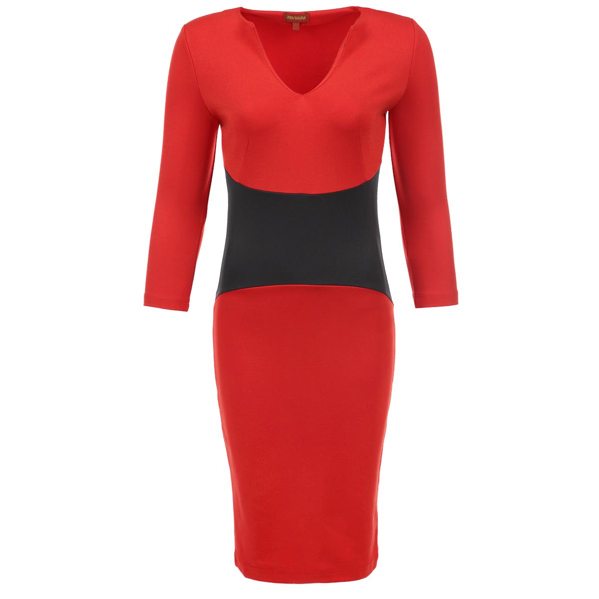 ПлатьеP54D-REAСтильное платье от Анны Чапман выполнено из плотного трикотажа. Платье-футляр лаконичного дизайна с V-образным вырезом горловины и рукавами 3/4. Модель приталенного кроя, на талии широкая вставка контрастного цвета. Бесподобный силуэт выгодно подчеркнет достоинства фигуры. Элегантное платье – воплощение безупречного вкуса.