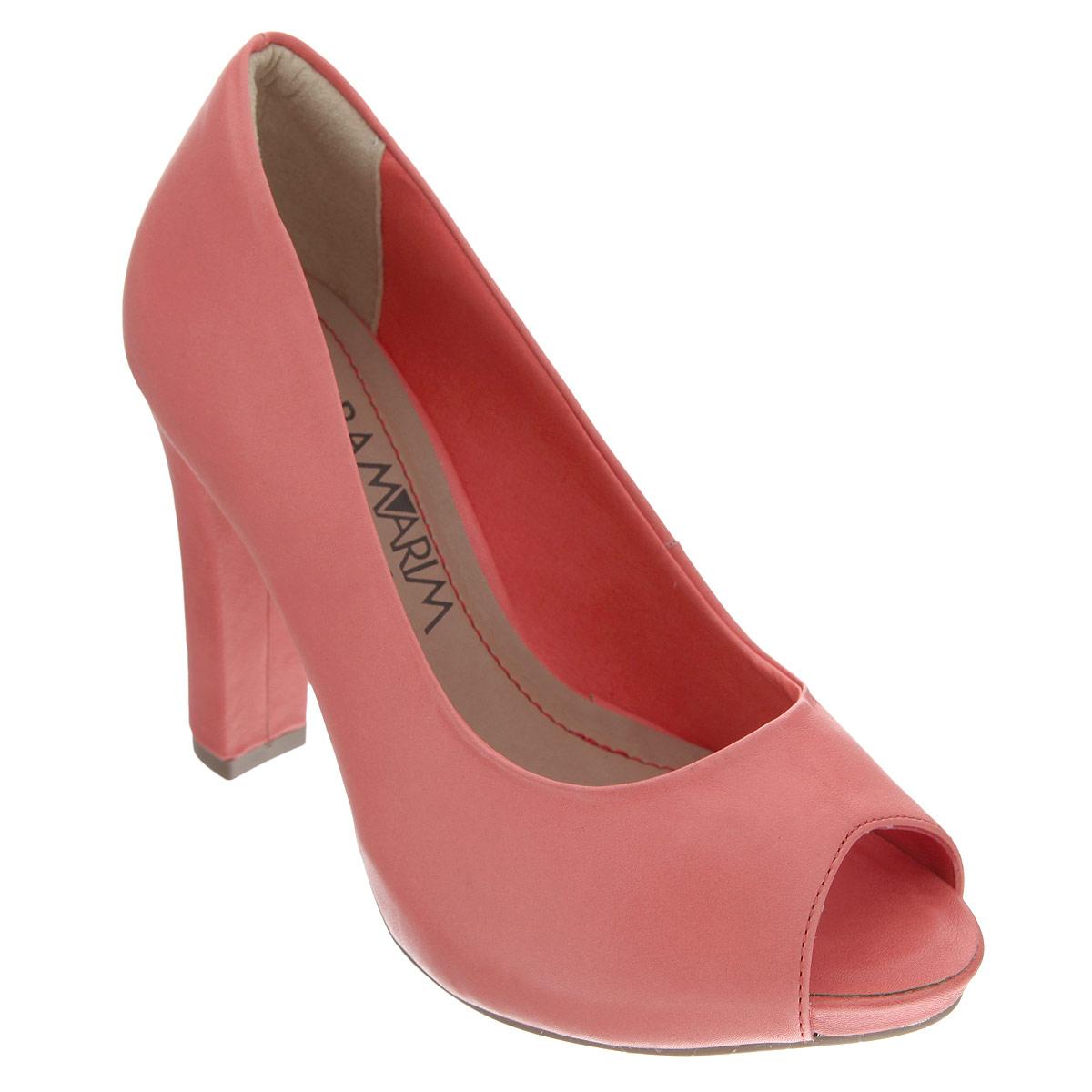 Туфли женские. 14-2223114-22231Яркие туфли от Ramarim эффектно дополнят ваш летний наряд. Модель выполнена из натуральной кожи в лаконичном стиле. Открытый носок смотрится невероятно элегантно. Мягкая стелька из натуральной кожи обеспечивает комфорт при ходьбе. Высокий каблук компенсирован платформой. Рифленая поверхность каблука и подошвы защищает изделие от скольжения. Стильные туфли не оставят равнодушной настоящую модницу!