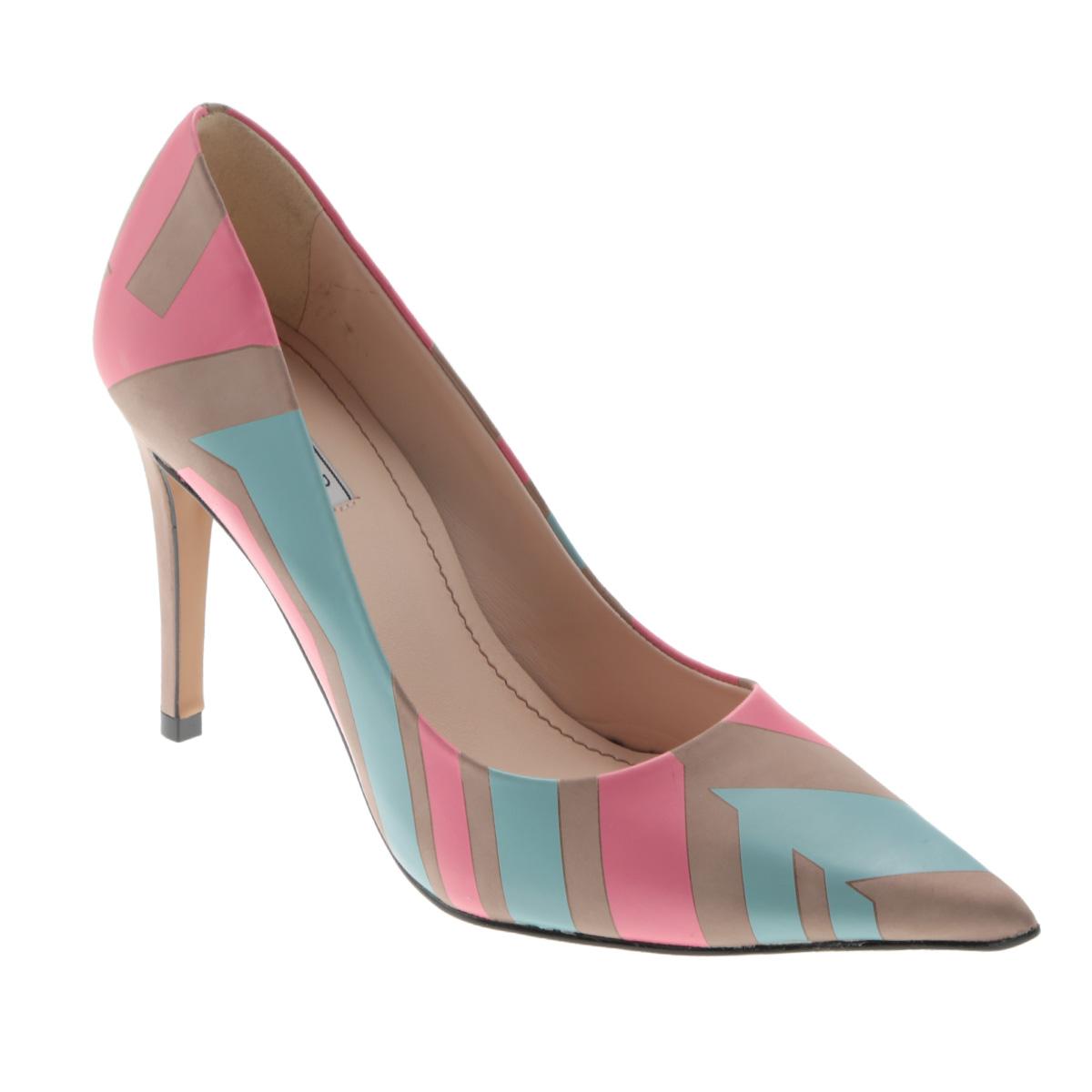Туфли женские. 1-410621-41062Яркие женские туфли на шпильке от Werner прекрасно подчеркнут ваш стиль. Верх модели выполнен из натуральной кожи и оформлен оригинальным принтом. Внутренняя часть и стелька из натуральной кожи гарантируют комфорт и удобство при ходьбе. Высокий каблук подчеркнет красоту и стройность ваших ног. Подошва выполнена из прочного полимера с противоскользящим рифлением. Такие туфли станут прекрасным дополнением вашего гардероба. Они сделают вас ярче и подчеркнут вашу индивидуальность!