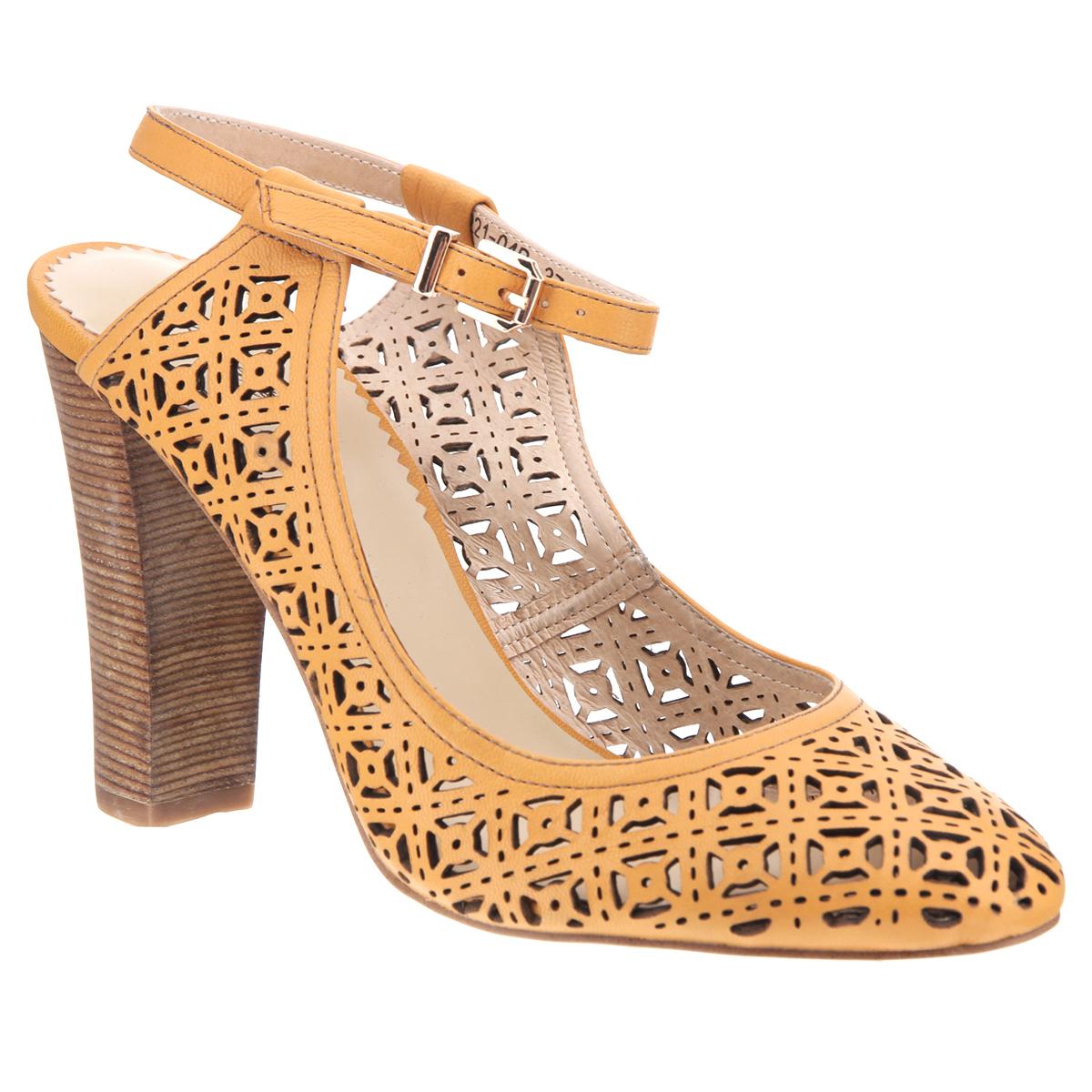 Туфли женские. X221-04BX221-04BЯркие женские туфли на каблуке от Lisette прекрасно подчеркнут ваш стиль. Верх модели и внутренняя часть выполнены из натуральной кожи. Стелька из натуральной кожи гарантирует комфорт и удобство при ходьбе. Пятка открытая. Ремешок с металлической пряжкой вокруг щиколотки надежно фиксирует модель на ноге. Оформлено изделие перфорацией. Подошва выполнена из прочной резины с противоскользящим рифлением. Устойчивый широкий каблук оформлен декоративной отделкой. Такие туфли станут прекрасным дополнением вашего гардероба. Они сделают вас ярче и подчеркнут вашу индивидуальность.