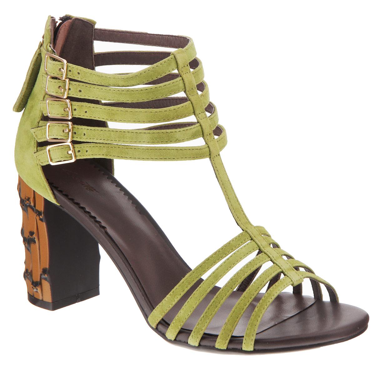 Босоножки женские. 6022B-13-36022B-13-3Стильные босоножки на каблуке от Lisette прекрасно подчеркнут ваш стиль. Верх модели выполнен из мягкого велюра. Внутренняя часть исполнена из натуральной кожи. Тонкие ремешки на щиколотке дополнены металлическими пряжками. Закрытая пятка дополнена удобной застежкой-молнией. Подошва выполнена из прочной резины. Устойчивый каблук оформлен декоративной отделкой. Такие босоножки станут прекрасным дополнением летнего гардероба. Они сделают вас ярче и подчеркнут вашу индивидуальность.