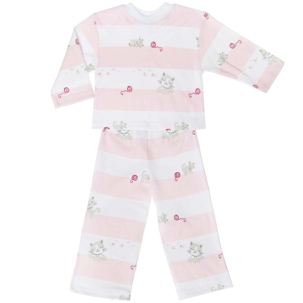 Пижама детская. 5584_котенок, полоска5584_котенок, полоскиУютная детская пижама Трон-плюс, состоящая из джемпера и брюк, идеально подойдет вашему ребенку и станет отличным дополнением к детскому гардеробу. Изготовленная из натурального хлопка, она необычайно мягкая и легкая, не сковывает движения, позволяет коже дышать и не раздражает даже самую нежную и чувствительную кожу ребенка. Джемпер с длинными рукавами и круглым вырезом горловины оформлен ненавязчивым принтом в полоску, а также изображениями котенка. Вырез горловины дополнен трикотажной эластичной резинкой. Брюки на талии имеют эластичную резинку, благодаря чему не сдавливают живот ребенка и не сползают. Оформлены брючки также ненавязчивым принтом в полоску и изображениями котенка. В такой пижаме ваш ребенок будет чувствовать себя комфортно и уютно во время сна.