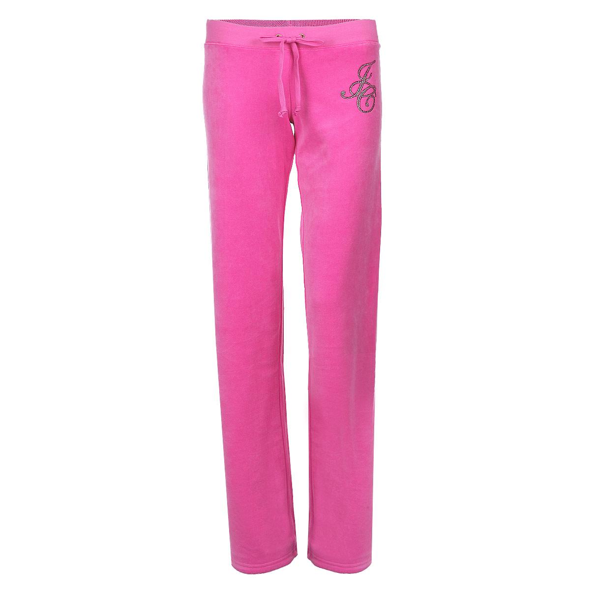 БрюкиJG008274/FRSEСтильные женские спортивные брюки Juicy Couture выполнены из нежного велюрового материала, очень мягкие на ощупь, не раздражают даже самую нежную и чувствительную кожу и хорошо вентилируются. Модель прямого свободного кроя на широком поясе. Притачной эластичный пояс обеспечивает комфортную посадку брюк, дополнен текстильным шнуром. Модель оформлена аппликацией из блесток и страз в виде букв JC. Такие брюки отлично подойдут для летних прогулок и спортивных занятий.