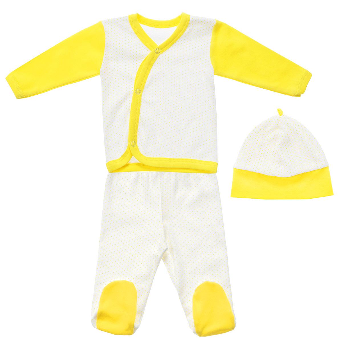 Комплект одежды33С-5210Детский комплект одежды Фреш Стайл прекрасно подойдет вашему малышу. Он включает в себя кофточку, ползунки и шапочку. Изготовлен комплект из натурального хлопка, благодаря чему он необычайно мягкий, не раздражает нежную кожу ребенка и хорошо вентилируется, а эластичные швы приятны телу крохи и не препятствуют его движениям. Кофточка с длинными рукавами и V-образным вырезом горловины спереди застегивается на металлические застежки-кнопки, что позволит легко переодеть младенца. Вырез горловины, края рукавов, низ изделия и планка с кнопками дополнены трикотажной бейкой контрастного цвета. Оформлено изделие принтом в мелкий горошек. Рукава выполнены в контрастном цвете. Ползунки с закрытыми ножками на талии имеют эластичную резинку, не сдавливающую животик ребенка, обеспечивая наибольший комфорт. Оформлено изделие принтом в мелкий горошек. Стопы выполнены из однотонной ткани контрастного цвета. Шапочка защищает еще не заросший родничок от ветра и солнца. Внутренние...