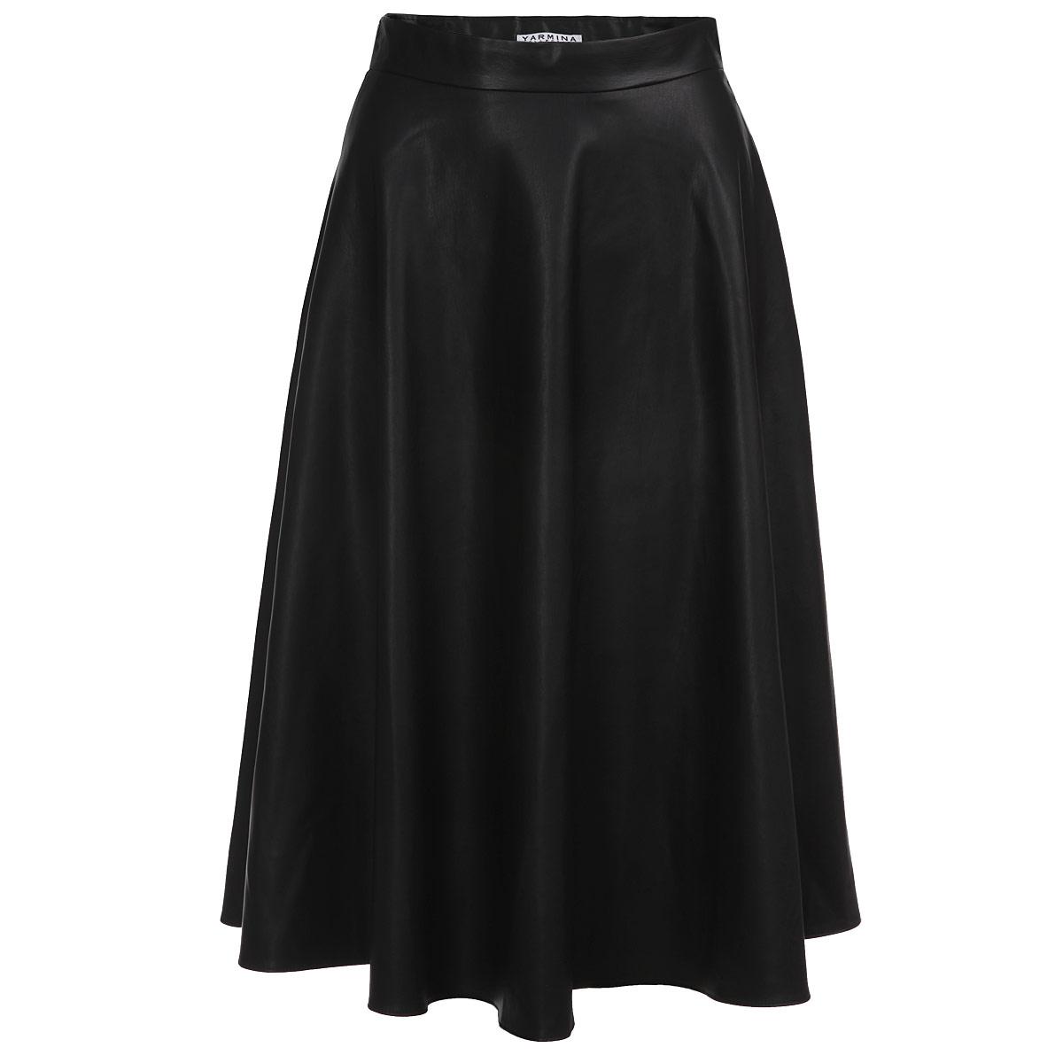 Юбка. Y0026-0019Y0026-0019 midСтильная юбка Yarmina изготовлена из полиэстера, имитирующего кожу. Юбка расклешенного кроя на широком пришивном поясе. Сбоку изделие застегивается на потайную молнию. Эта модная и в тоже время комфортная юбка - отличный вариант на каждый день.
