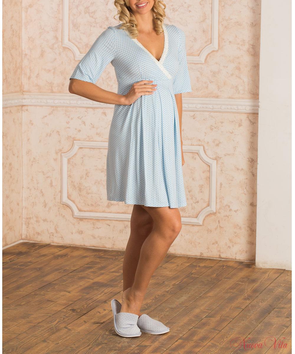 Ночная рубашка903.1Элегантная сорочка для беременных и кормящих мам Nuova Vita Allegro Mamma, изготовленная из мягкого материала, украшена нежным принтом и кружевной лентой по горловине. Молодая мамочка будет выглядеть красиво и женственно в этот важный период. Аккуратная сорочка с рукавами до локтя имеет легкий доступ к груди для комфортного кормления малыша, а так же максимального удобства ночных кормлений. Секрет для кормления кроется в глубоком V-образном вырезе, спрятанном в запахе. Благодаря фасону модель будет прекрасно сидеть и после завершения периода беременности и грудного вскармливания. Сорочка прослужит вам долго, так как выполнена из качественной и приятной на ощупь ткани, которая не растягивается и не застирывается. Великолепный выбор на каждый день.
