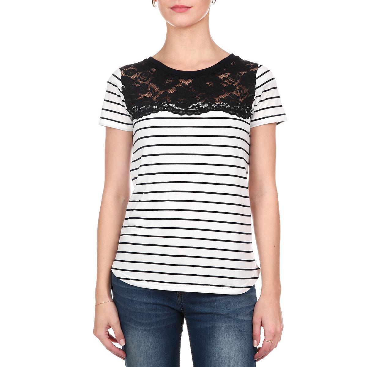 Футболка10152681 01BСимпатичная женская футболка Broadway свободного кроя выполнена из мягкого хлопкового материала. Модель с круглым вырезом горловины, короткими рукавами и полукруглым низом оформлена полосатым принтом. На груди изделие декорировано кружевной вставкой. Эта футболка - идеальный вариант для создания образа в стиле Casual.