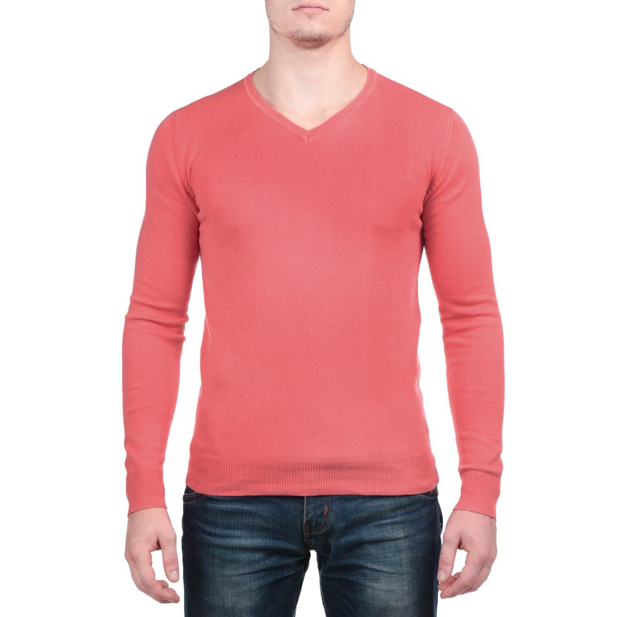 ПуловерAbyssoB/BAYGREENСтильный мужской пуловер MeZaGuZ, изготовленный из высококачественного хлопка, не сковывает движения, обеспечивая наибольший комфорт. Модель с V-образным вырезом горловины великолепно сидит, а однотонная расцветка прекрасно сочетается с любыми нарядами. Низ и манжеты пуловера связаны резинкой. Этот теплый и комфортный пуловер станет отличным дополнением к вашему гардеробу. В нем вы всегда будете чувствовать себя уютно в прохладное время года.