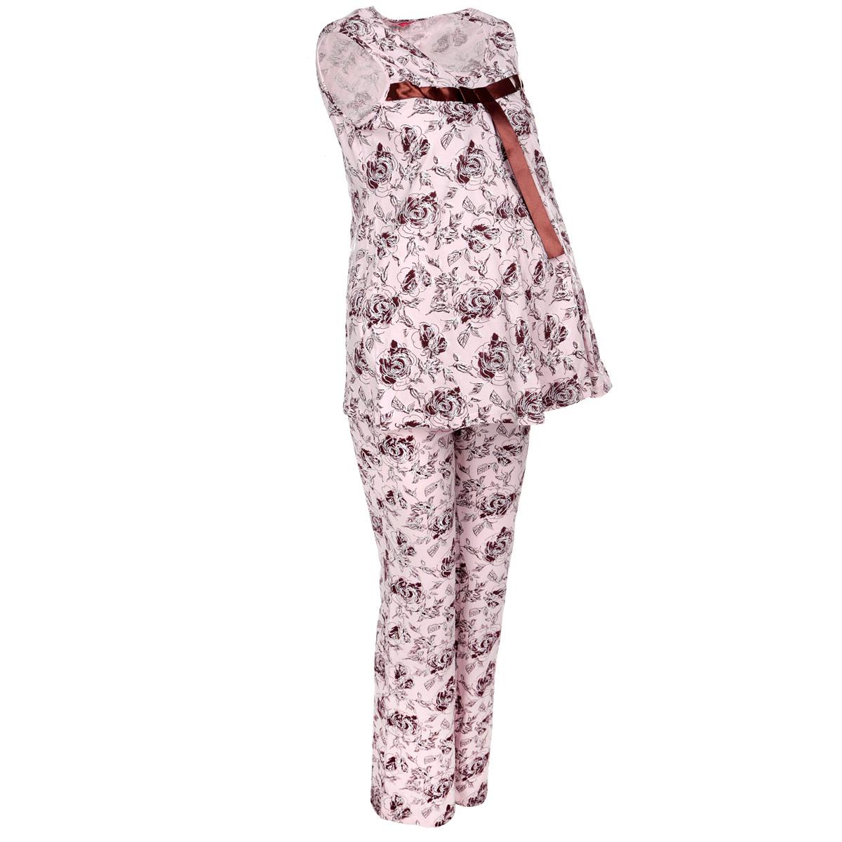 307.1Удобная пижама для беременных и кормящих мам Nuova Vita Mamma Bella, изготовленная из натурального хлопка с небольшим содержанием лайкры, состоит из майки и брюк. Майка свободного кроя и прямые брюки на эластичном поясе под живот составляют прекрасный комплект для сна будущей маме. Универсальность этого комплекта заключается в том, что его можно носить как во время беременности, так и после рождения ребенка. Специальный секрет для кормления совершенно незаметен, а резинка на брюках устроена так, что во время беременности она находится под животом. Романтичная цветочная расцветка и атласная лента над грудью придают этой пижаме особый шарм и нежность. Одежда, изготовленная из хлопка, приятна к телу, сохраняет тепло в холодное время года и дарит прохладу в теплое, позволяет коже дышать.