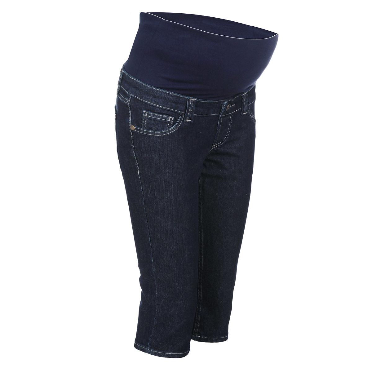 5312.11Очень удобные джинсовые бриджи для беременных Nuova Vita с бандажом на живот, изготовленные из плотного хлопка, придают женщине элегантность и индивидуальность. Бриджи прямого покроя имеют классический пятикарманный крой: спереди - два втачных кармашка и один маленький накладной, а сзади - два накладных кармана. Имеется имитация ширинки. Бандаж из стрейч-ткани поддерживает живот и уменьшает нагрузку на поясницу. В прохладную погоду бриджи прекрасно сочетаются со свитерами и кардиганами, длинными блузками или джемперами. Эта модель придется по душе даже самой капризной женщине.
