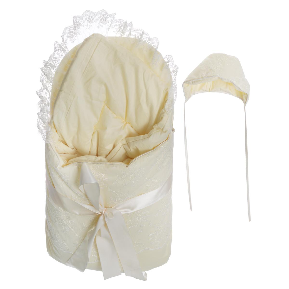 Ка12111Комплект на выписку Baby Nice прекрасно подойдет для выписки новорожденного из роддома. Комплект состоит из конверта, теплого одеяла и чепчика. В дальнейшем его можно использовать во время прогулок с малышом в коляске-люльке или в качестве удобного коврика для пеленания. Элементы комплекта изготовлены из сатина - 100% хлопка на подкладке из сатина - 100% хлопка. В качестве утеплителя используется файберпласт (200 г) - качественный, легкий и неприхотливый в эксплуатации нетканый материал, который великолепно удерживает тепло, дышит, является гипоаллергенным, прекрасно стирается, практически не слеживается, быстро сохнет и не впитывает неприятные запахи. Конверт по бокам застегивается на длинную застежку-молнию с двойным бегунком. Передняя часть конверта отстегивается, что помогает нижнюю часть использовать как коврик. Конверт украшен ажурной вышивкой и декоративным атласным бантом. Мягкое воздушное одеяло украшено неширокой вуалью и дополнено ленточкой для удобного...