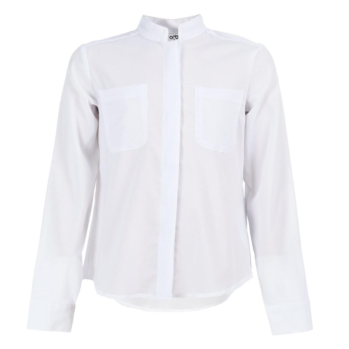 Блуза для девочки. 63063_OLG63063_OLGЛегкая, струящаяся блуза для девочки Orby идеально подойдет для школы. Изготовленная из полиэстера с добавлением вискозы, она необычайно мягкая, легкая и приятная на ощупь, не сковывает движения и позволяет коже дышать, не раздражает даже самую нежную и чувствительную кожу ребенка, обеспечивая ему наибольший комфорт. Блузка с небольшим воротником-стойкой и длинными рукавами застегивается на пластиковые пуговицы, скрытые под планкой. На груди предусмотрены два накладных кармана. Спинка модели удлинена и дополнена бантовой складкой. Такая блуза - незаменимая вещь для школьной формы, отлично сочетается с юбками, брюками и сарафанами. Эта модель всегда выглядит великолепно!
