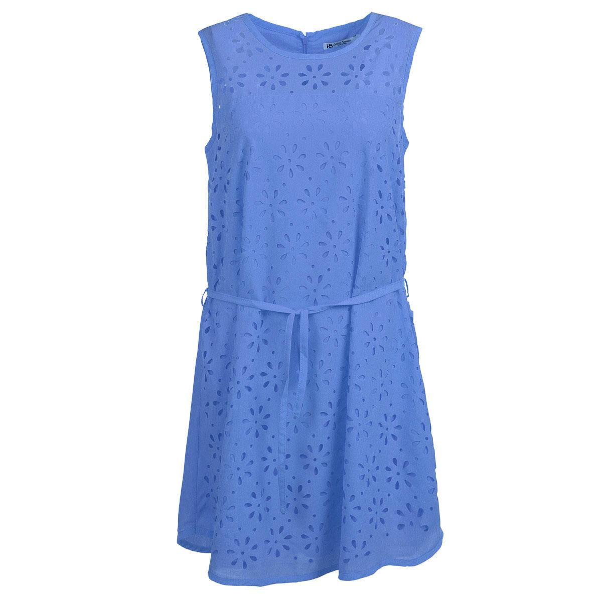 Платье. 1371313713Стильное и яркое платье F5 - прекрасный вариант на каждый день. Изготовлено платье из полиэстера с небольшим добавлением эластана. Модель А-силуэта с круглым вырезом горловины и без рукавов. На спинке расположена потайная застежка-молния. На талии предусмотрен тонкий поясок. Спереди изделие оформлено декоративной перфорацией в виде цветочного узора. Платье позволит вам создать эффектный и запоминающийся образ и займет достойное место в вашем гардеробе.