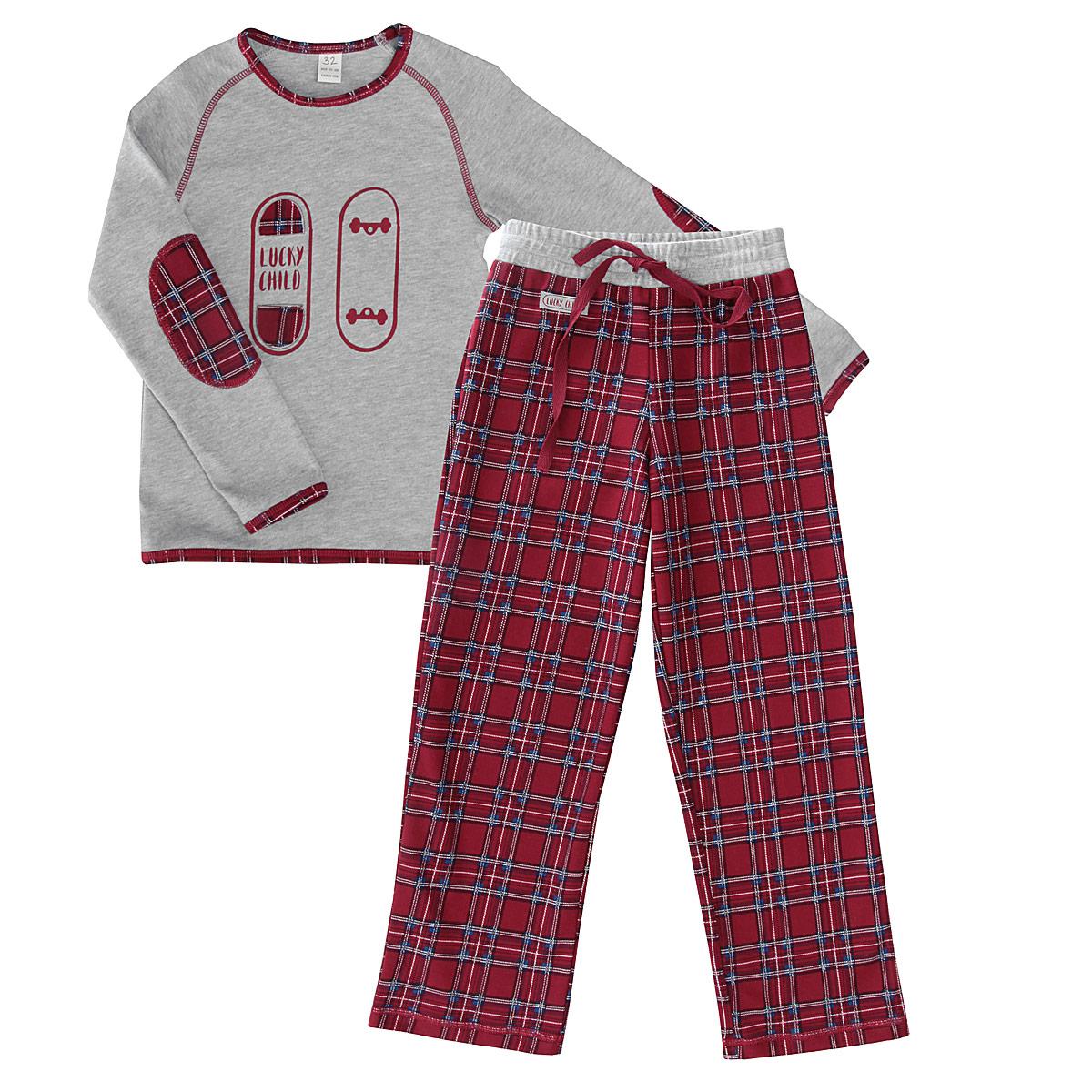 Пижама13-400Очаровательная пижама для мальчика Lucky Child, состоящая из джемпера и брюк, идеально подойдет вашему ребенку и станет отличным дополнением к детскому гардеробу. Изготовленная из натурального хлопка, она необычайно мягкая и приятная на ощупь, не раздражает нежную кожу ребенка и хорошо вентилируется, а эластичные швы приятны телу и не препятствуют движениям. Джемпер с длинными рукавами-реглан и круглым вырезом горловины оформлена принтом и аппликацией в виде скейтборда, а также контрастной строчкой. Вырез горловины, края рукавов и низ изделия дополнены трикотажной бейкой контрастного цвета. Рукава оформлены декоративными заплатами с принтом в клетку. Брюки на талии имеют широкую эластичную резинку, регулируемую шнурком, благодаря чему, они не сдавливают живот и не сползают. Оформлено изделие принтом в клетку и декорировано небольшой нашивкой с называнием бренда. Такая пижама идеально подойдет вашему ребенку, а мягкие полотна позволят ему комфортно чувствовать себя во...