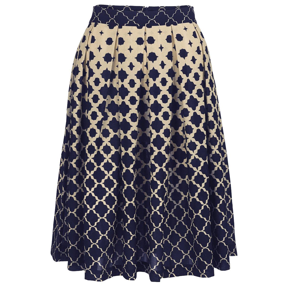 Юбкаю0158Очаровательная юбка от Lautus добавит женственные нотки в ваш модный образ. Модель выполнена из полиэстера с небольшим добавлением эластана. Юбка застегивается на потайную застежку-молнию, расположенную в заднем шве. Изящная модель с посадкой на талии подчеркнет красоту и стройность ваших ног, сделает ваш образ более хрупким. Изделие оформлено модным контрастным принтом. Стильная юбка - основа гардероба настоящей леди. Она подчеркнет ваше отменное чувство стиля и безупречный вкус!