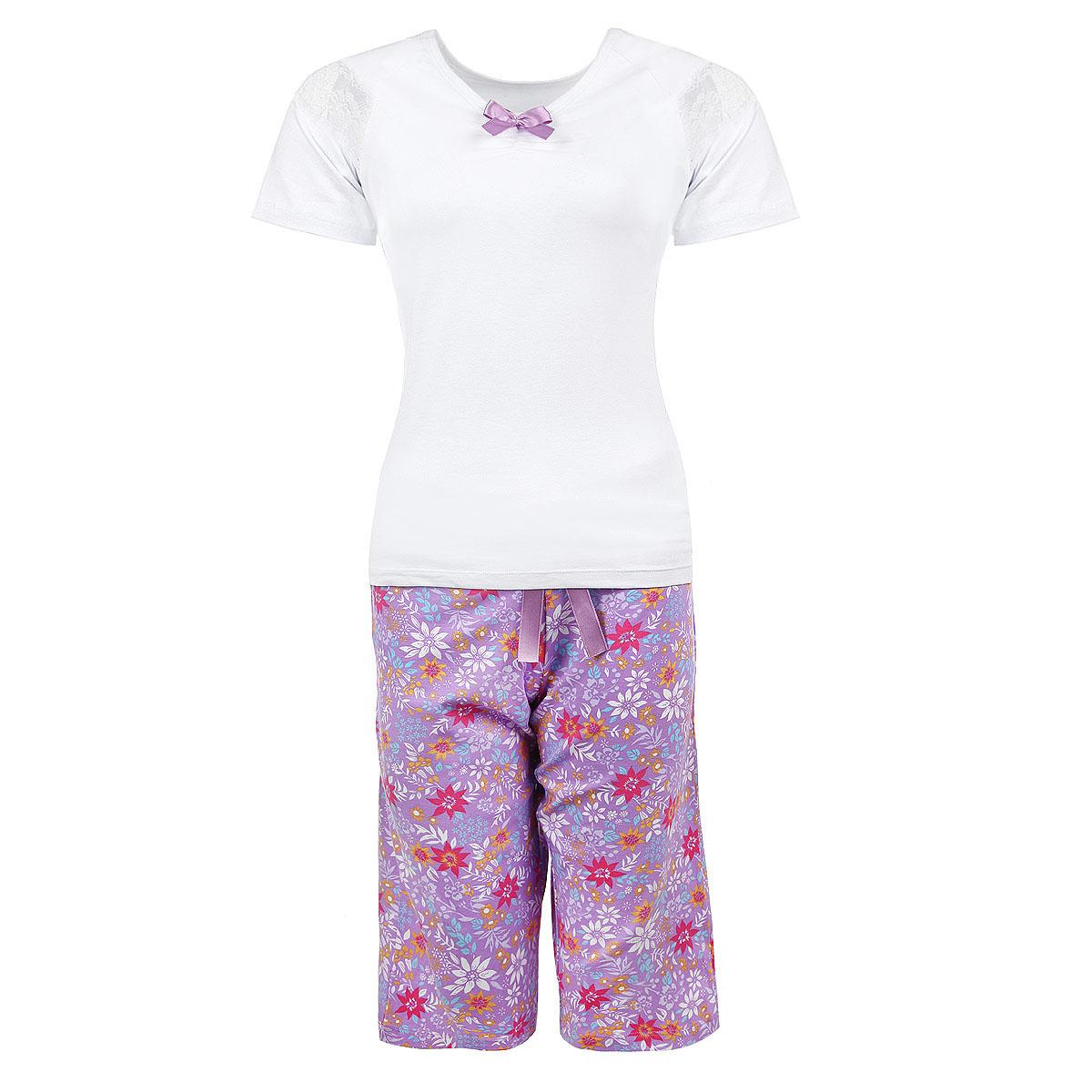 Пижама женская. 434434Женская пижама Milana Style состоит из футболки и шортиков. Пижама выполнена из приятного на ощупь хлопкового материала. Футболка и шорты не сковывают движения и позволяют коже дышать. Футболка прямого кроя с V-образным вырезом горловины оформлена кружевными вставками на рукавах, атласным бантиком и небольшой сборкой на резинку под горловиной. Свободные прямые шорты на широкой эластичной резинке оформлены цветочным принтом и атласным бантиком на талии. Идеальные конструкции и приятное цветовое решение - отличный выбор на каждый день. В такой пижаме вам будет максимально комфортно и уютно.