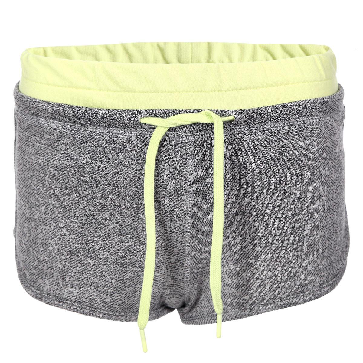 L-SH-1700 BLACK MELANGEСтильные женские шорты Moodo выполнены из высококачественного материала - полиэстера с добавлением хлопка. С изнаночной стороны - очень мягкий ворсистый материал, приятный на ощупь. Модель на широкой эластичной резинке, затягивается на кулиску. Пояс и затягивающийся шнурок выполнены в контрастном цвете. Стильные шорты - незаменимая вещь в летнем гардеробе каждой девушки.