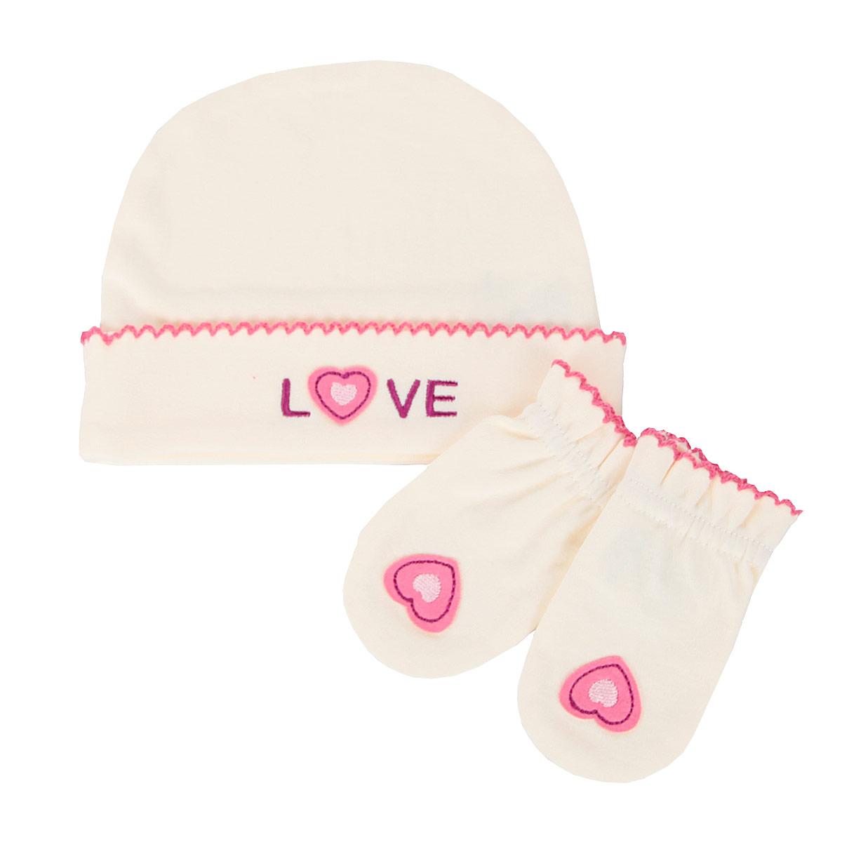 Комплект для девочки Love: шапочка, рукавички. bd20007bd20007Комплект для девочки Babydays Love, состоящий из шапочки и рукавичек, идеально подойдет для вашей малышки. Плотный трикотажный материал (210 г/м) из натурального хлопка делает изделия качественными, прочными и износостойкими. Ткань хорошо впитывает влагу и обеспечивает проникновение кислорода к телу малышки через одежду. Ткань не линяет, не теряет своей яркости после многочисленных стирок. Шапочка с отворотом оформлена аппликацией в виде надписи Love и украшена ажурными петельками. Рукавички обеспечат вашему младенцу комфорт во время сна и бодрствования, предохраняя его нежную кожу от расцарапывания. Рукавички присборены на эластичные резинки. Оформлены изделия аппликацией в виде сердечка и украшены ажурными петельками. В таком комплекте ваш ребенок всегда будет в центре внимания.