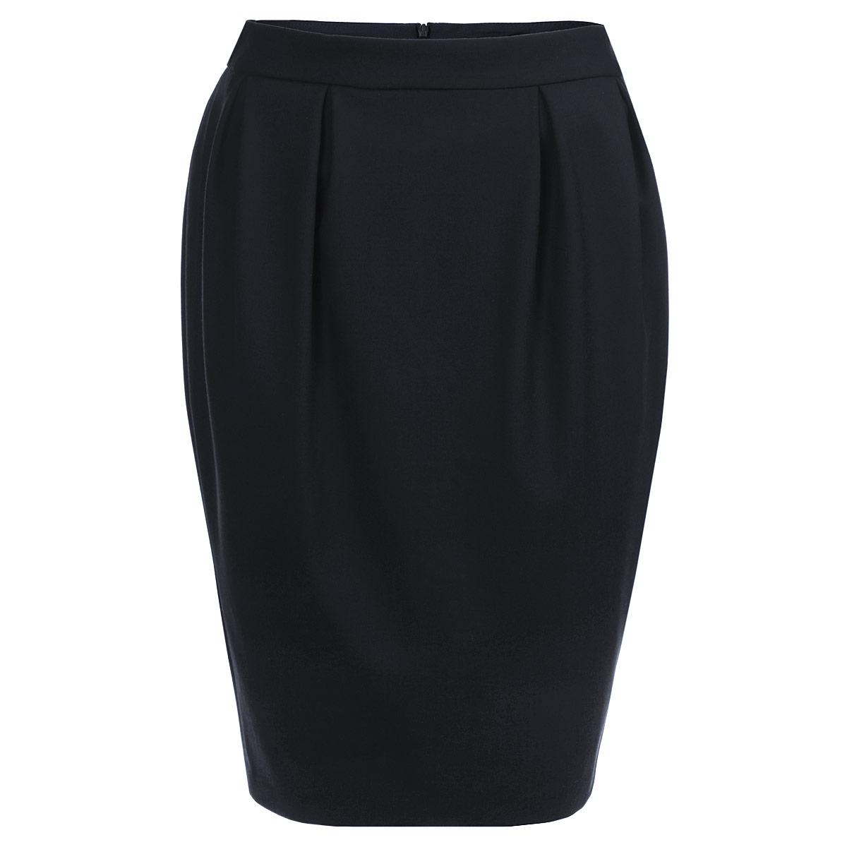 Юбка. 43655944365594Модная юбка-карандаш Yarash, изготовленная из высококачественного плотного материала на подкладке из полиэстера, подарит ощущение радости и комфорта. Модель с пришивным поясом, сзади застегивается на потайную молнию. Юбка оформлена двойными объемными складками спереди и сзади, а также небольшим разрезом. Актуальная длина и классический покрой сделают эту вещь любимым предметом вашего гардероба. В этой юбке вы будете чувствовать себя неотразимой, оставаясь в центре внимания.