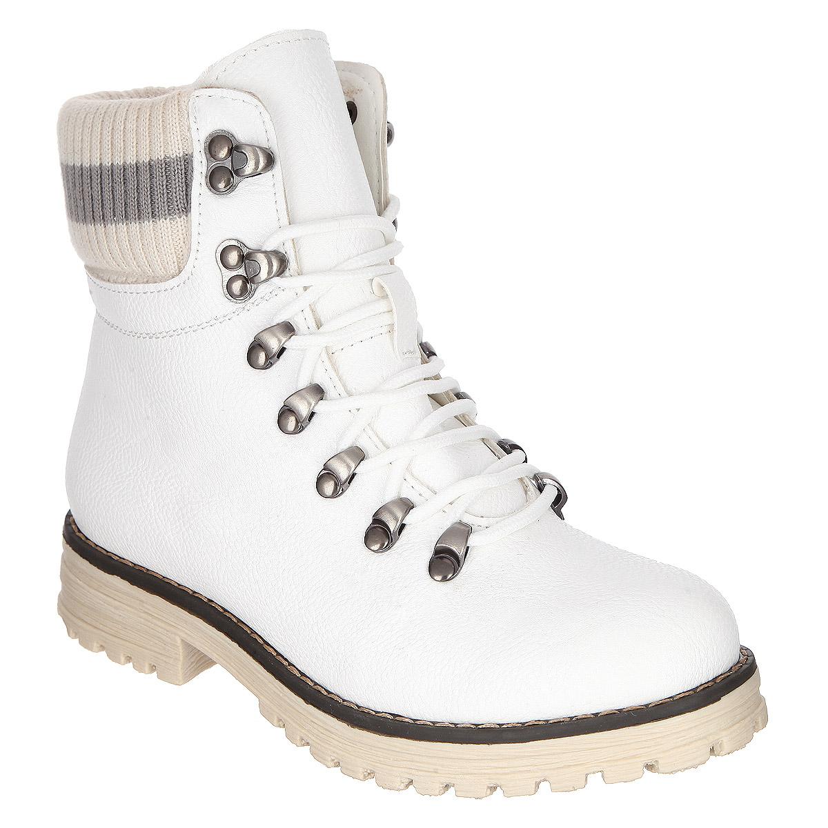 Ботинки для девочки. 558329/15-11