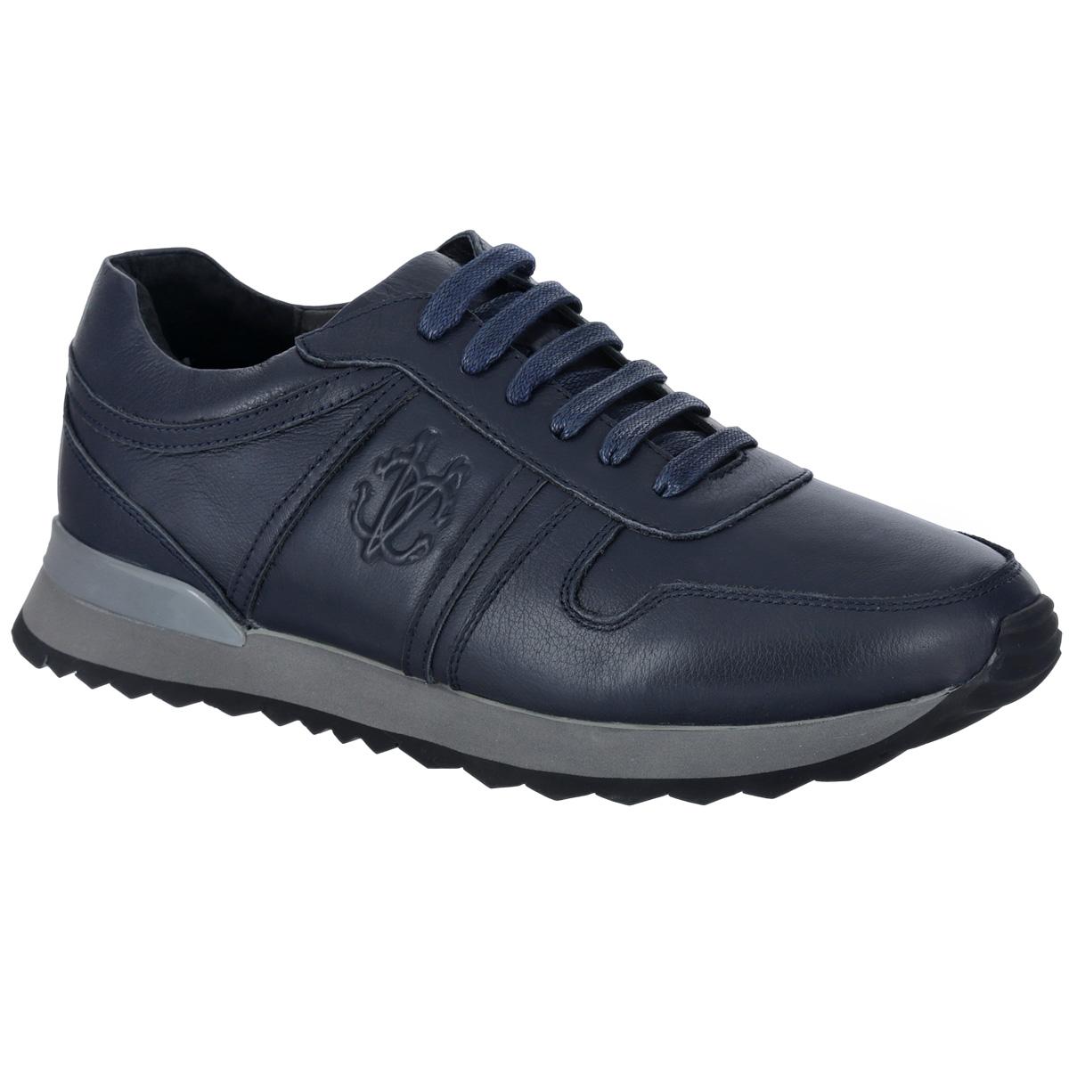 Кроссовки мужские. M23062M23062Модные мужские кроссовки Vitacci займут достойное место в вашем гардеробе. Модель выполнена из натуральной кожи и оформлена декоративной прострочкой, сбоку - конгревом в виде логотипа бренда. Шнуровка прочно зафиксирует обувь на вашей ноге. Усиленный мыс для более надежной защиты. Съемная стелька EVA с поверхностью из натуральной кожи обеспечивает превосходную амортизацию и комфорт. Подошва с рифлением гарантирует идеальное сцепление с различными поверхностями. Невероятно стильные кроссовки отлично дополнят ваш модный образ.
