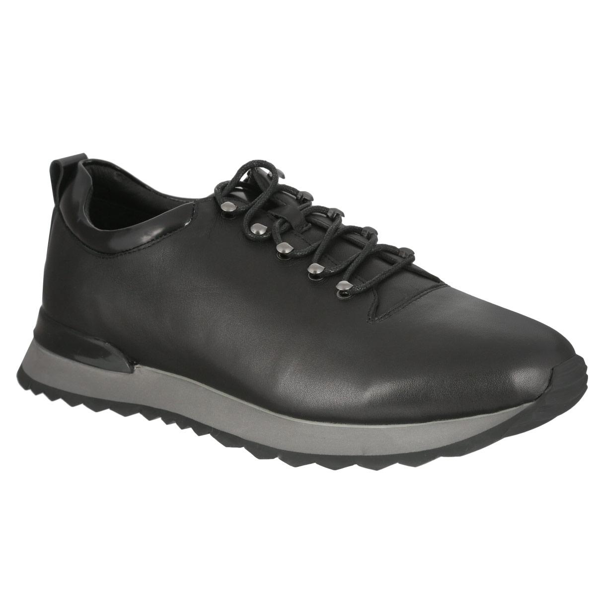 Кроссовки мужские. M23061M23061Модные мужские кроссовки Vitacci займут достойное место в вашем гардеробе. Модель выполнена из натуральной кожи и оформлена задним наружным ремнем. Шнуровка, пропущенная через металлическую фурнитуру, прочно зафиксирует модель на вашей ноге. Ярлычок на заднике облегчает надевание обуви. Съемная стелька из EVA-материала с поверхностью из натуральной кожи обеспечивает комфорт и амортизацию при движении. Подошва с рифлением гарантирует идеальное сцепление с различными поверхностями. Стильные кроссовки отлично дополнят ваш модный образ.