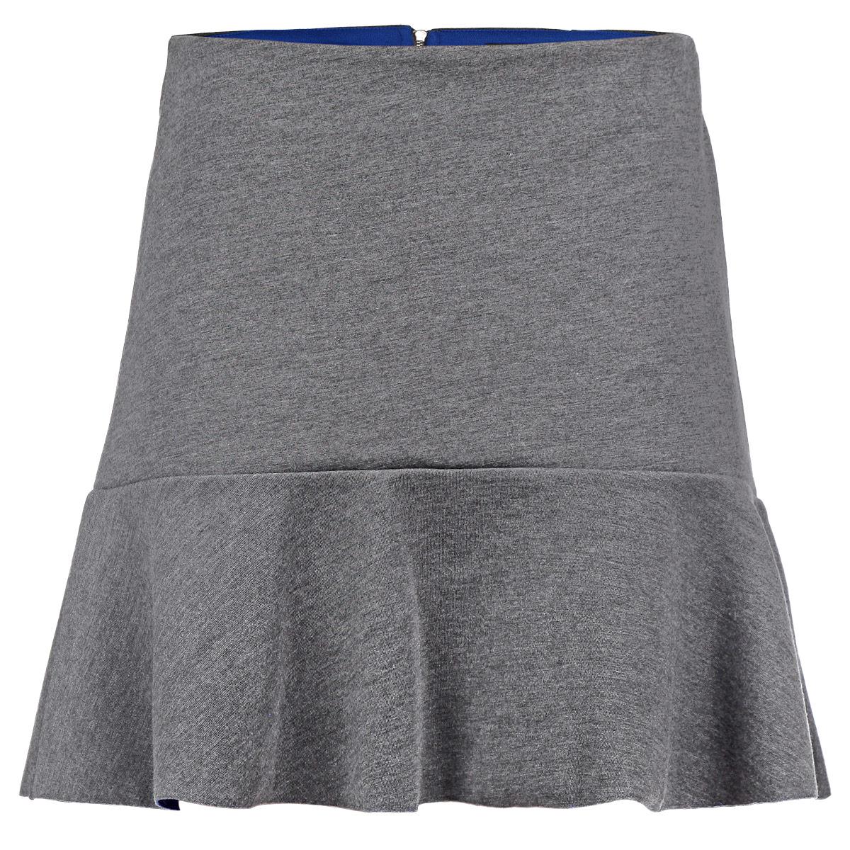 Юбка. SKk-118/758-5322DSKk-118/758-5322DОригинальная юбка Sela выполнена из плотного трикотажа с добавлением эластана, она невероятно мягкая и приятная на ощупь. Очаровательная юбка застегивается на застежку-молнию, расположенную в заднем шве. Юбка имеет ассиметричный подол с контрастной изнанкой, она выгодно подчеркнет ваш силуэт и поможет создать яркий образ. Стильная юбка выгодно освежит и разнообразит любой гардероб. Создайте женственный образ и подчеркните свою индивидуальность!