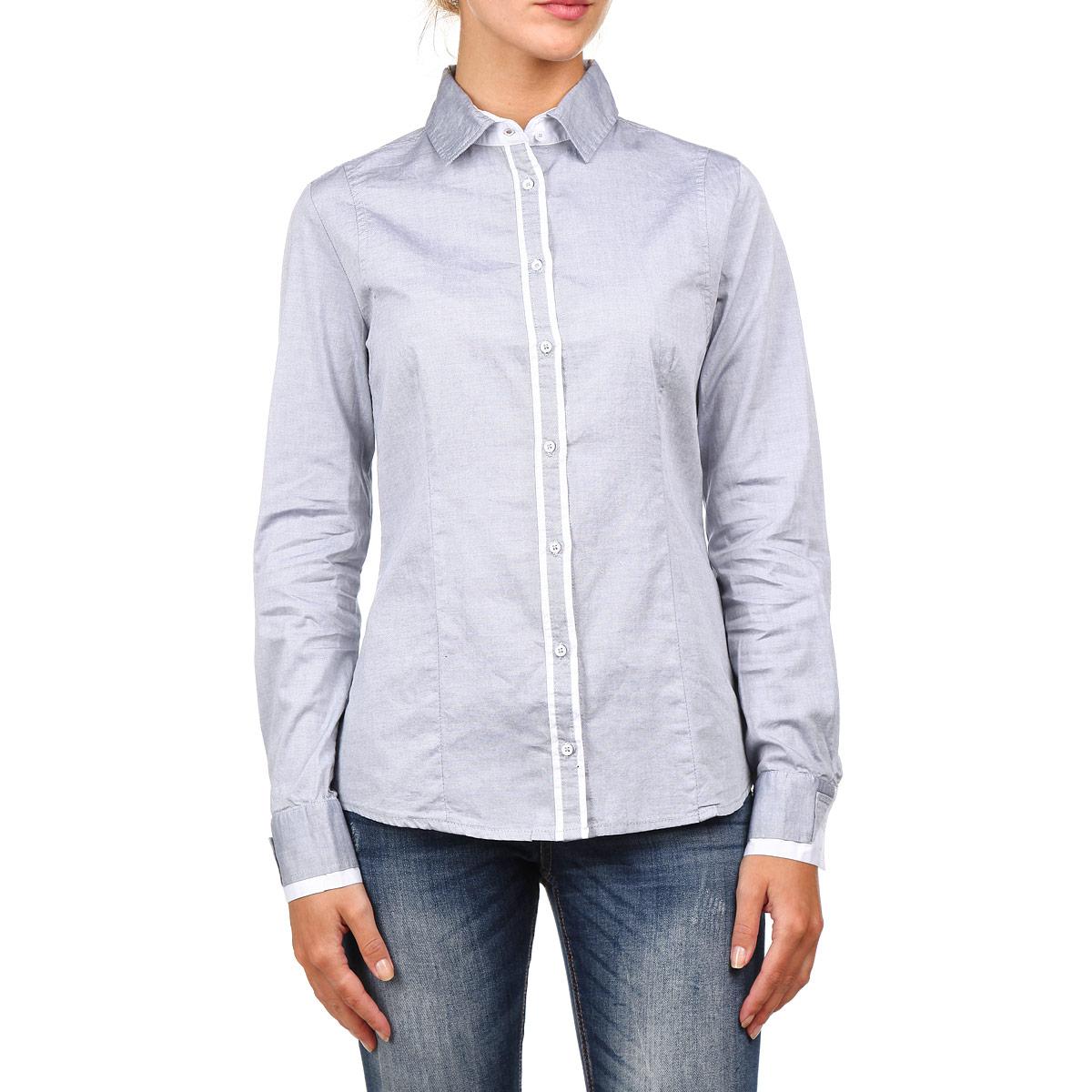 Рубашка17281Симпатичная женская рубашка F5, выполненная из высококачественного материала, очень комфортна при носке. Модель приталенного кроя с полукруглым низом, длинными рукавами и отложным воротничком застегивается на пуговицы. Манжеты и планка с пуговицами отделаны вставками из материала контрастного цвета. Такая рубашка будет дарить вам комфорт в течение всего дня и послужит замечательным дополнением к вашему гардеробу.