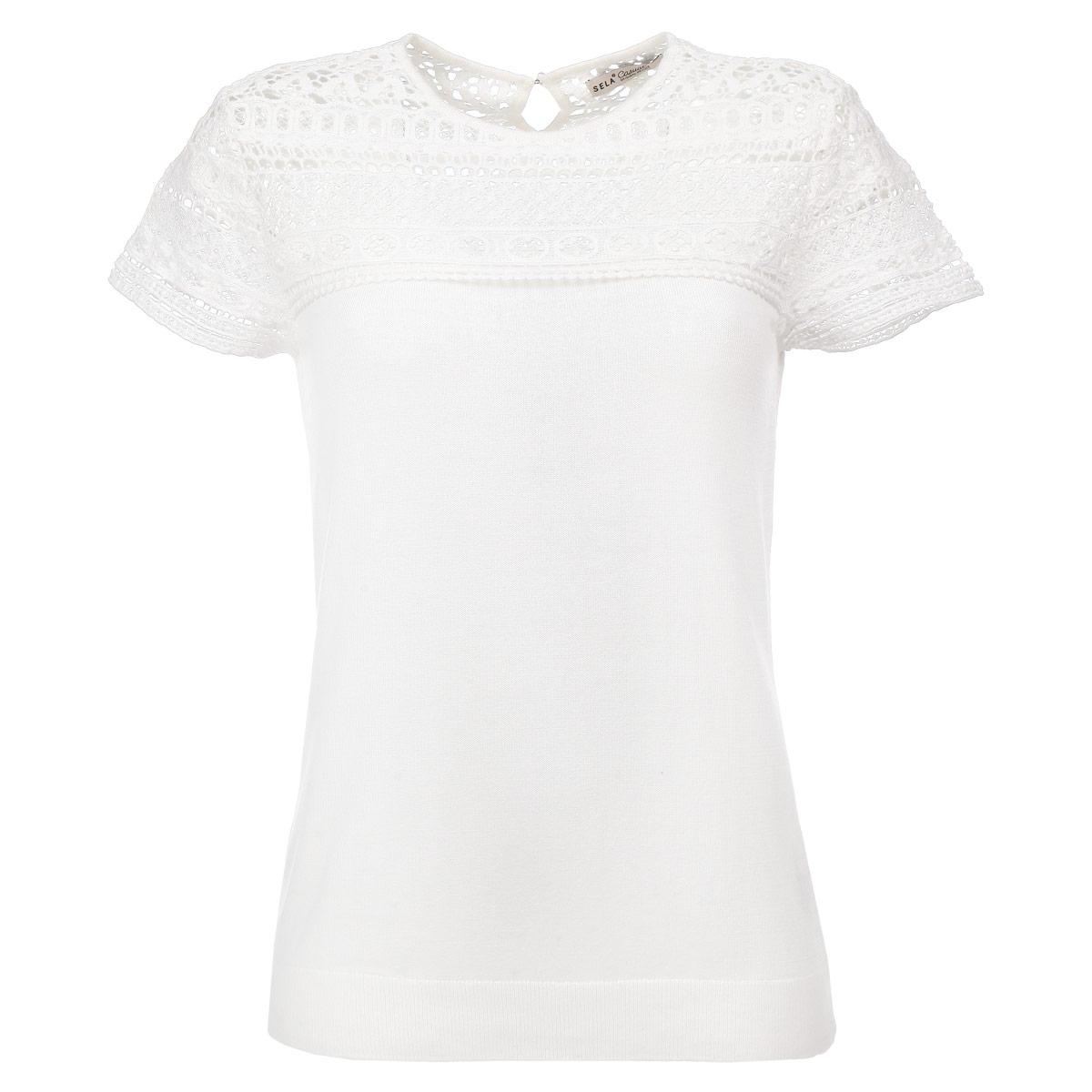 Футболка женская. JRs-114/440-5312JRs-114/440-5312Симпатичная женская футболка Sela, выполненная из высококачественного материала, обладает высокой теплопроводностью, воздухопроницаемостью и гигроскопичностью, позволяет коже дышать. Модель прямого кроя с короткими рукавами и круглым вырезом горловины - идеальный вариант для создания образа в стиле Casual. На спинке футболка застегивается на пуговицу. Верхняя часть изделия оформлена ажурной вышивкой из хлопковой пряжи. Нижний край футболки выполнен вязкой резинка. Такая модель будет дарить вам комфорт в течение всего дня и послужит замечательным дополнением к вашему гардеробу.