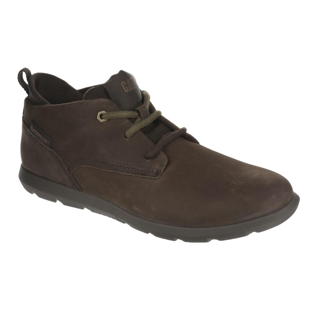 P719215Стильные мужские ботинки Roamer Mid Fleece от Caterpillar отличный вариант на каждый день. Модель выполнена из натуральной кожи и оформлена декоративной прострочкой, сбоку - прорезиненной вставкой с названием бренда, на язычке - текстильной нашивкой с логотипом бренда. Шнуровка надежно фиксирует модель на ноге. Ярлычок на заднике облегчает надевание обуви на ногу. Подкладка изготовлена из мягкого материала, позволяющего сохранить ноги в тепле. Съемная стелька EVA с текстильной поверхностью обеспечивает комфорт и амортизацию. Резиновая подошва с протектором гарантирует отличное сцепление с поверхностью. В таких ботинках вашим ногам будет комфортно и уютно. Они подчеркнут ваш стиль и индивидуальность.